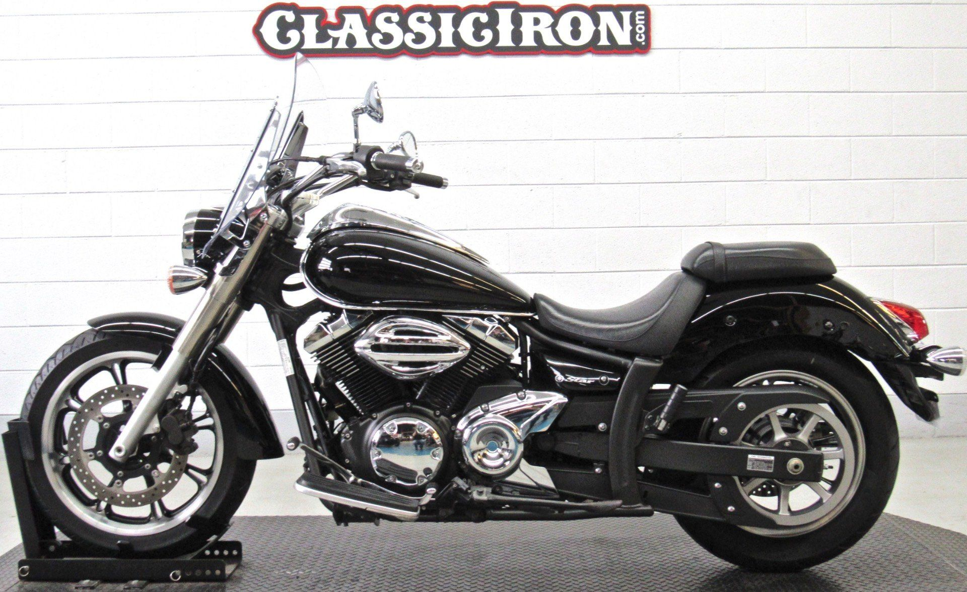 2010 Yamaha V Star 950 Tourer in Fredericksburg, Virginia - Photo 4