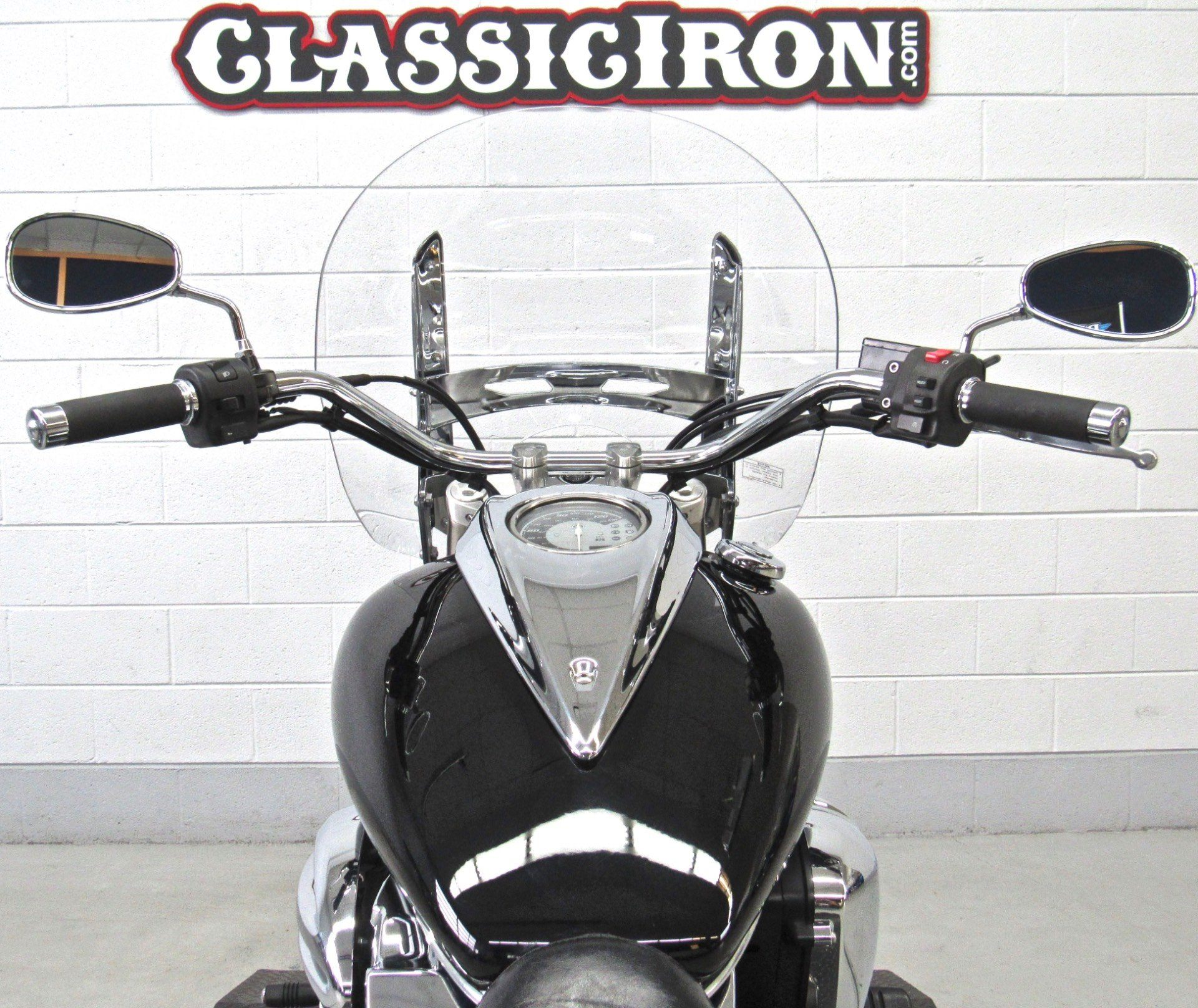 2010 Yamaha V Star 950 Tourer in Fredericksburg, Virginia - Photo 10