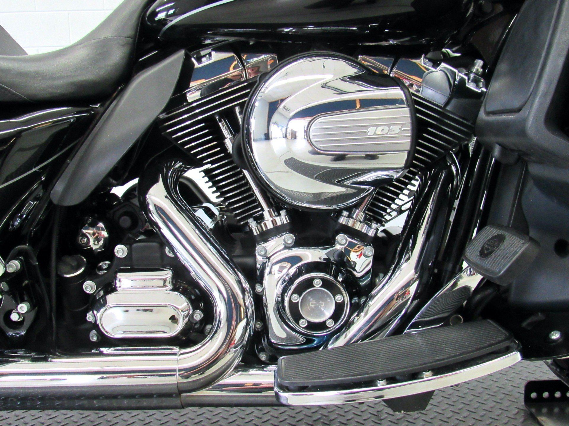 2015 Harley-Davidson Ultra Limited Low in Fredericksburg, Virginia - Photo 14