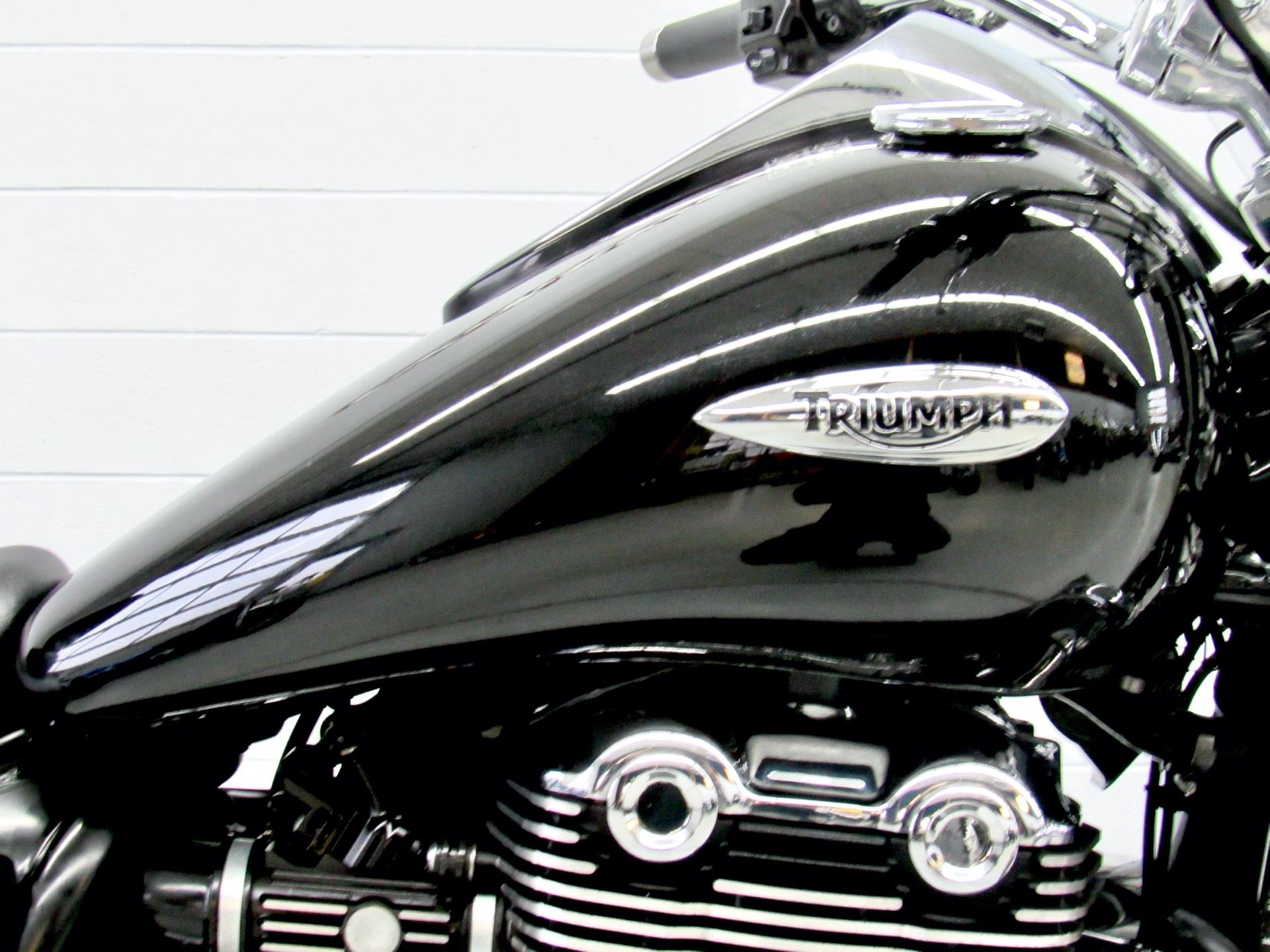 2012 Triumph Thunderbird ABS in Fredericksburg, Virginia - Photo 13