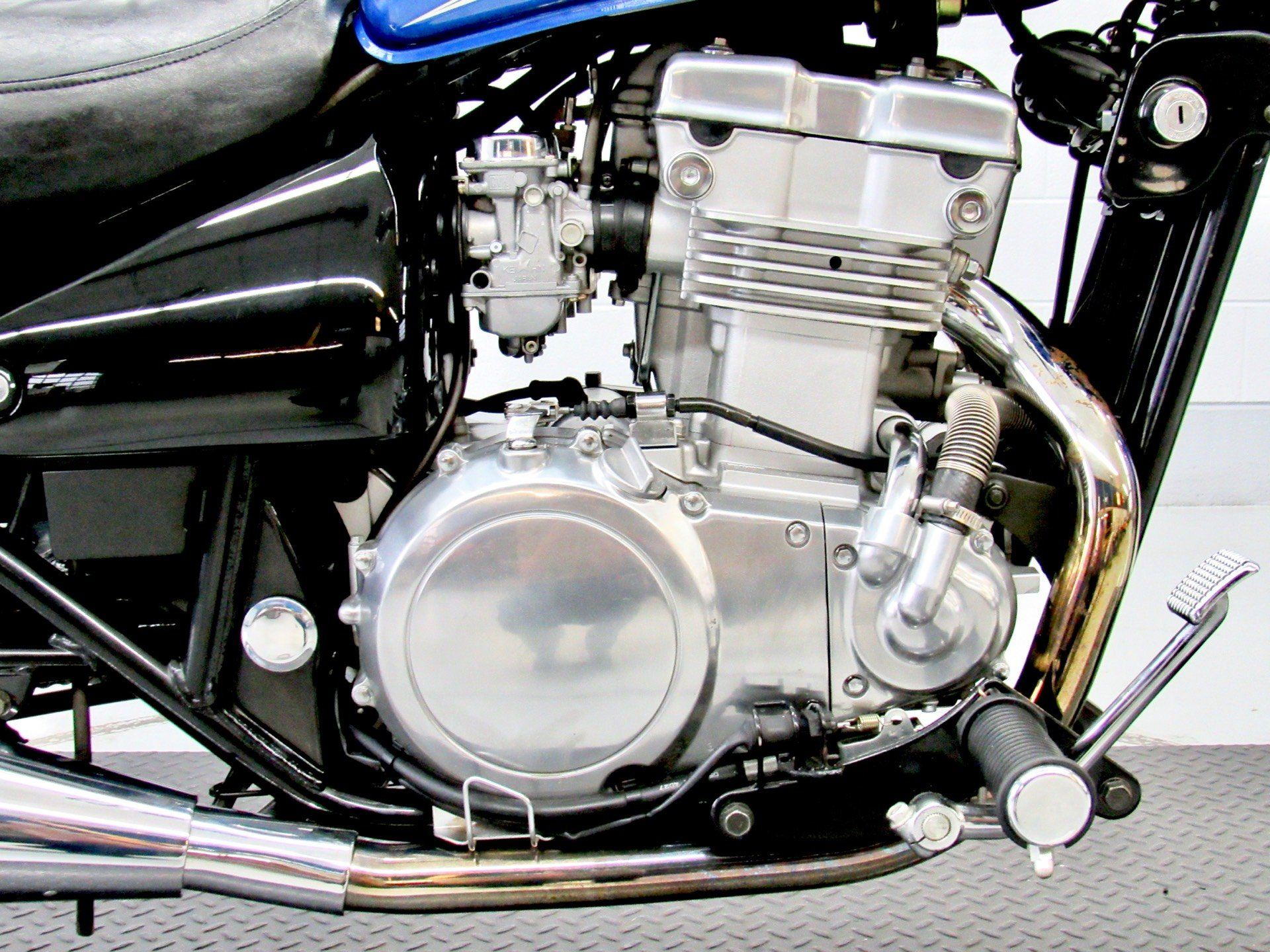 2005 Kawasaki Vulcan™ 500 LTD in Fredericksburg, Virginia - Photo 14