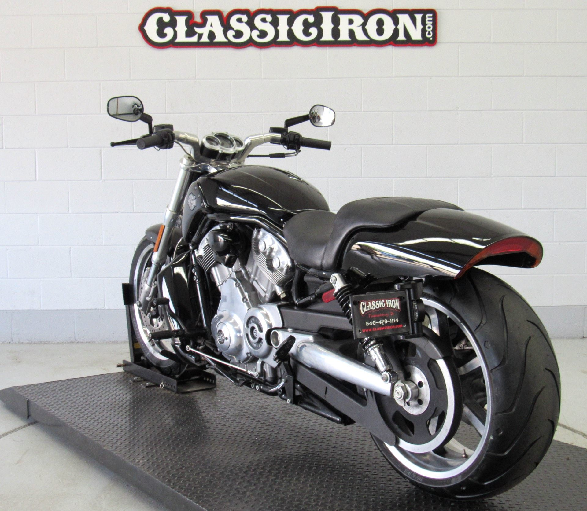 2012 Harley-Davidson V-Rod Muscle® in Fredericksburg, Virginia - Photo 5