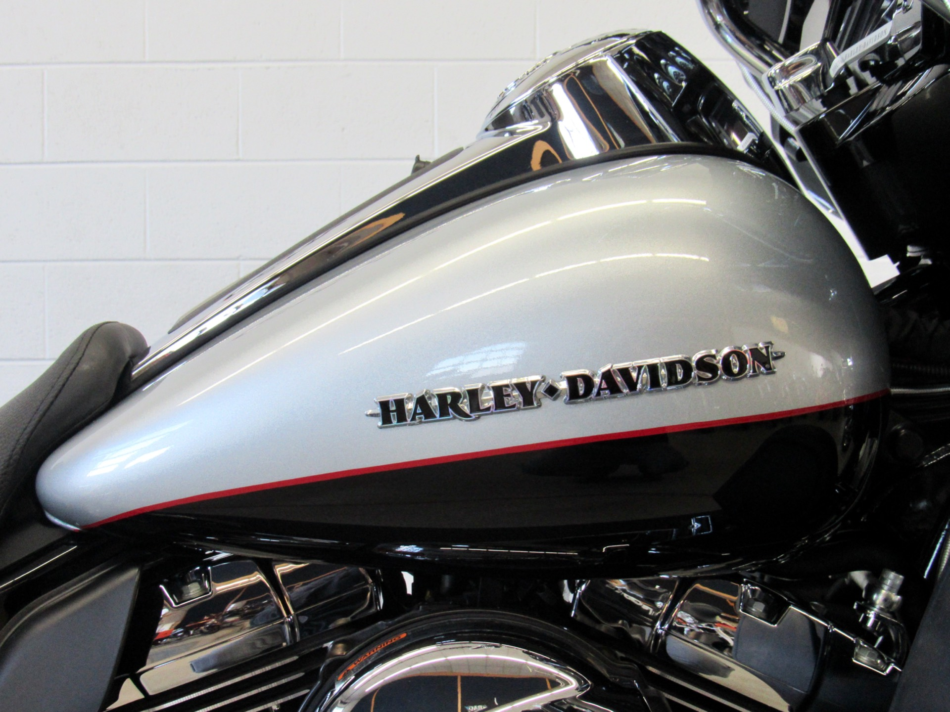 2015 Harley-Davidson Ultra Limited Low in Fredericksburg, Virginia - Photo 13