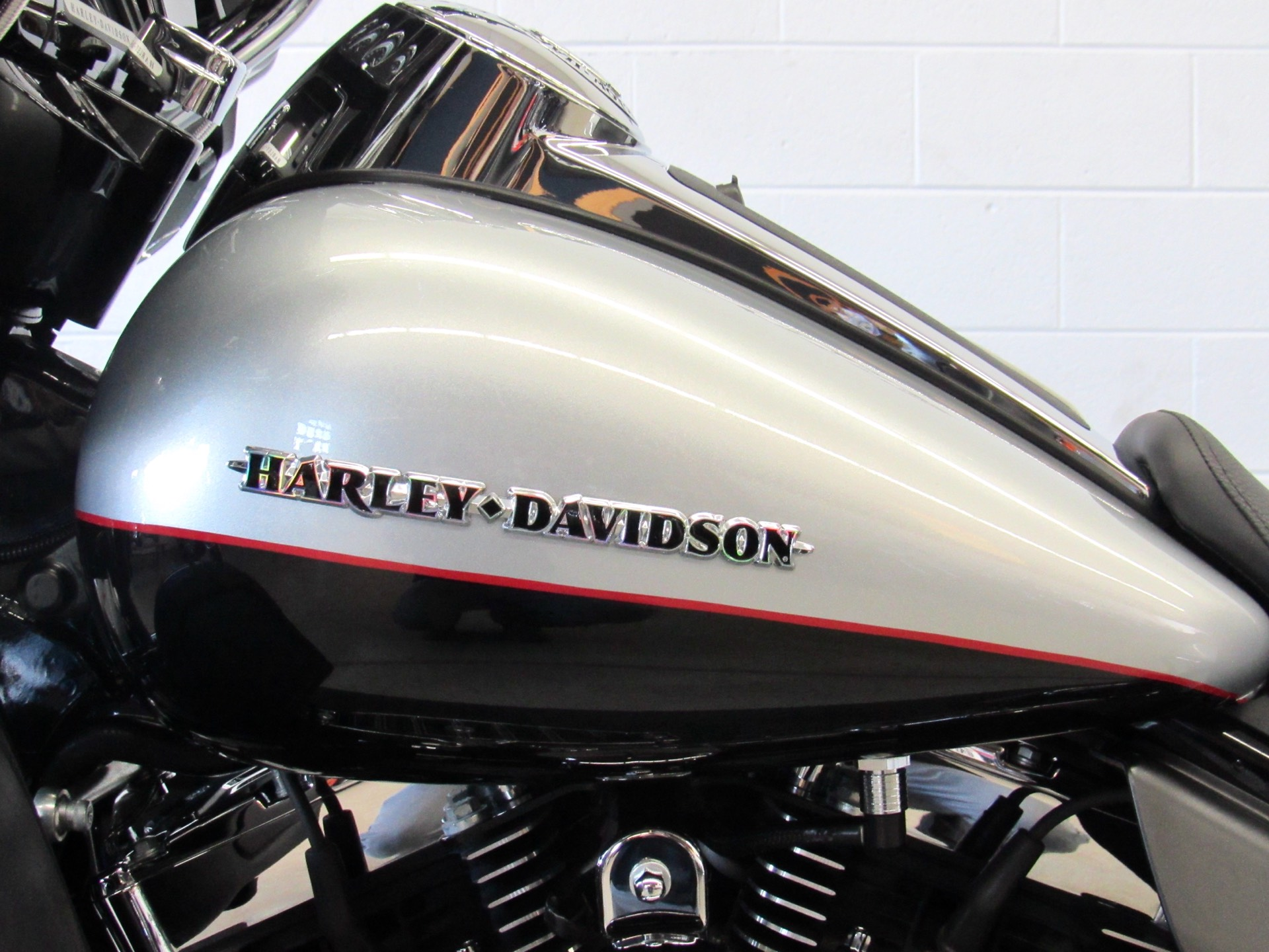 2015 Harley-Davidson Ultra Limited Low in Fredericksburg, Virginia - Photo 18