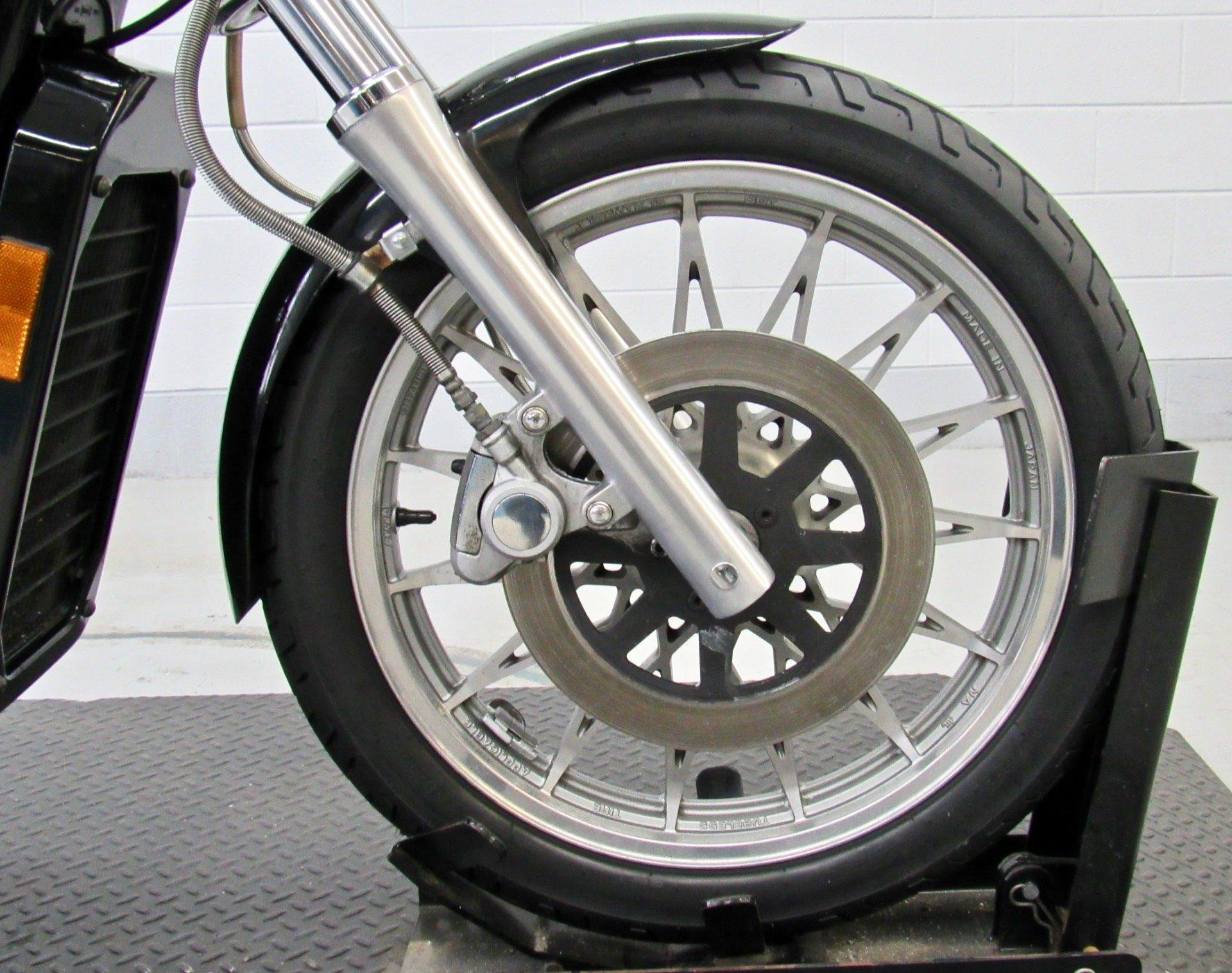 2003 Suzuki Intruder® 800 in Fredericksburg, Virginia - Photo 11