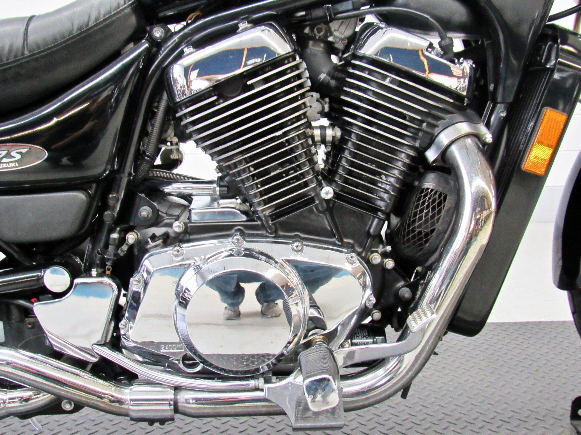 2003 Suzuki Intruder® 800 in Fredericksburg, Virginia - Photo 14