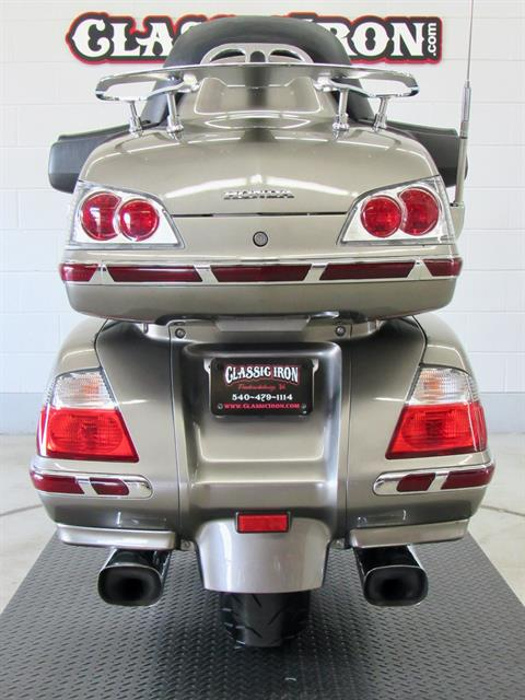 2008 Honda Gold Wing® Airbag in Fredericksburg, Virginia - Photo 9