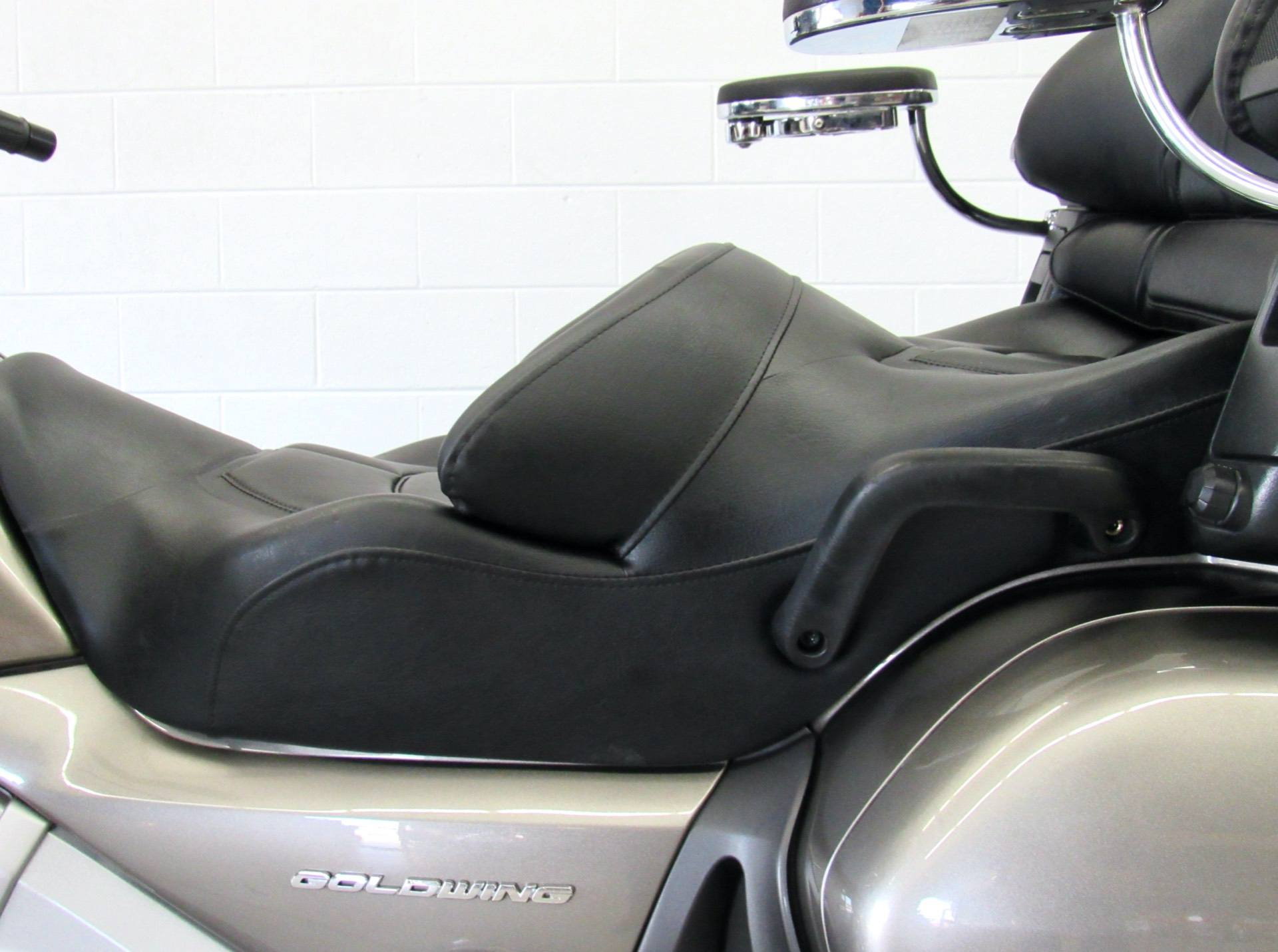 2008 Honda Gold Wing® Airbag in Fredericksburg, Virginia - Photo 18