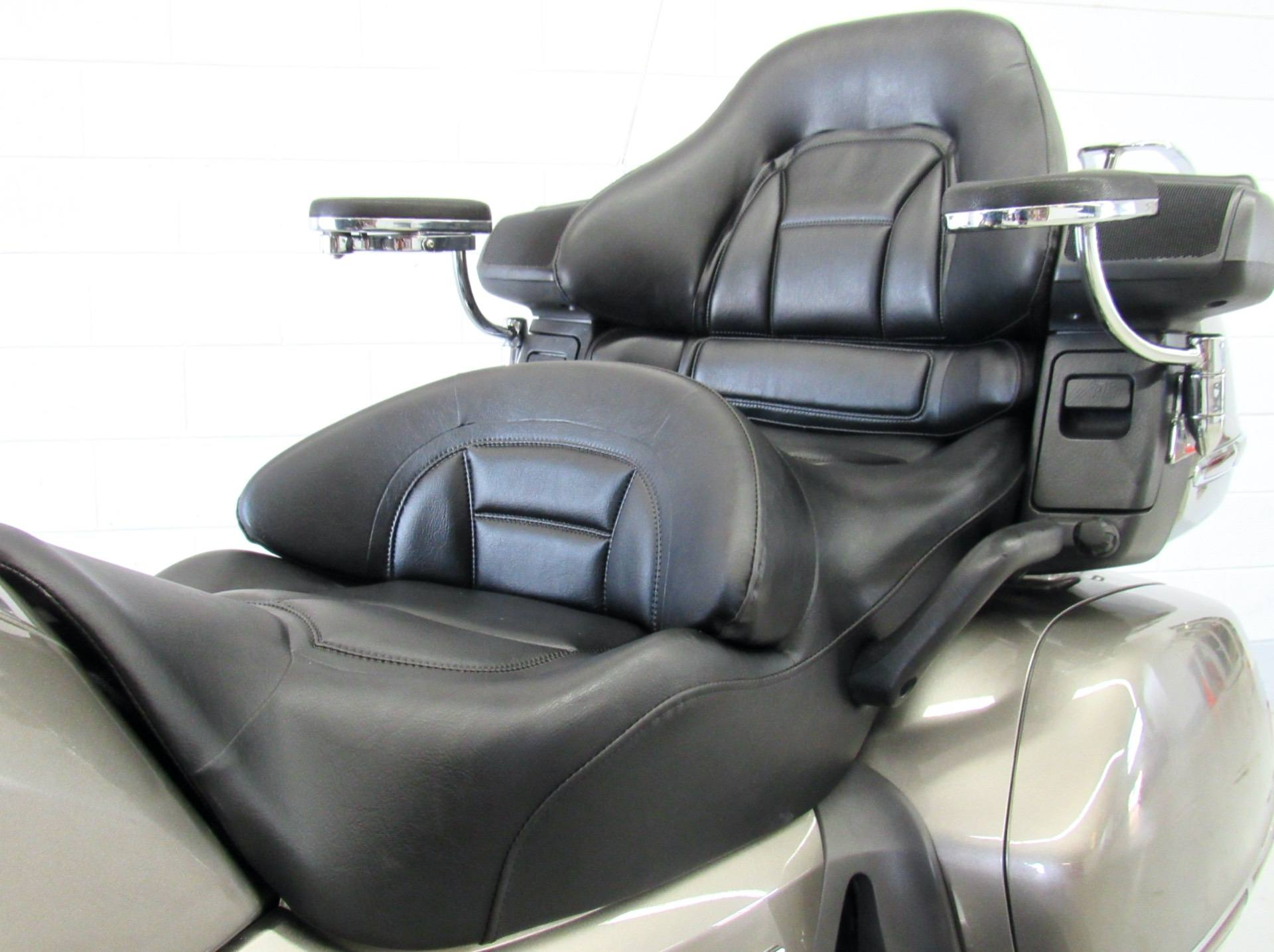 2008 Honda Gold Wing® Airbag in Fredericksburg, Virginia - Photo 19
