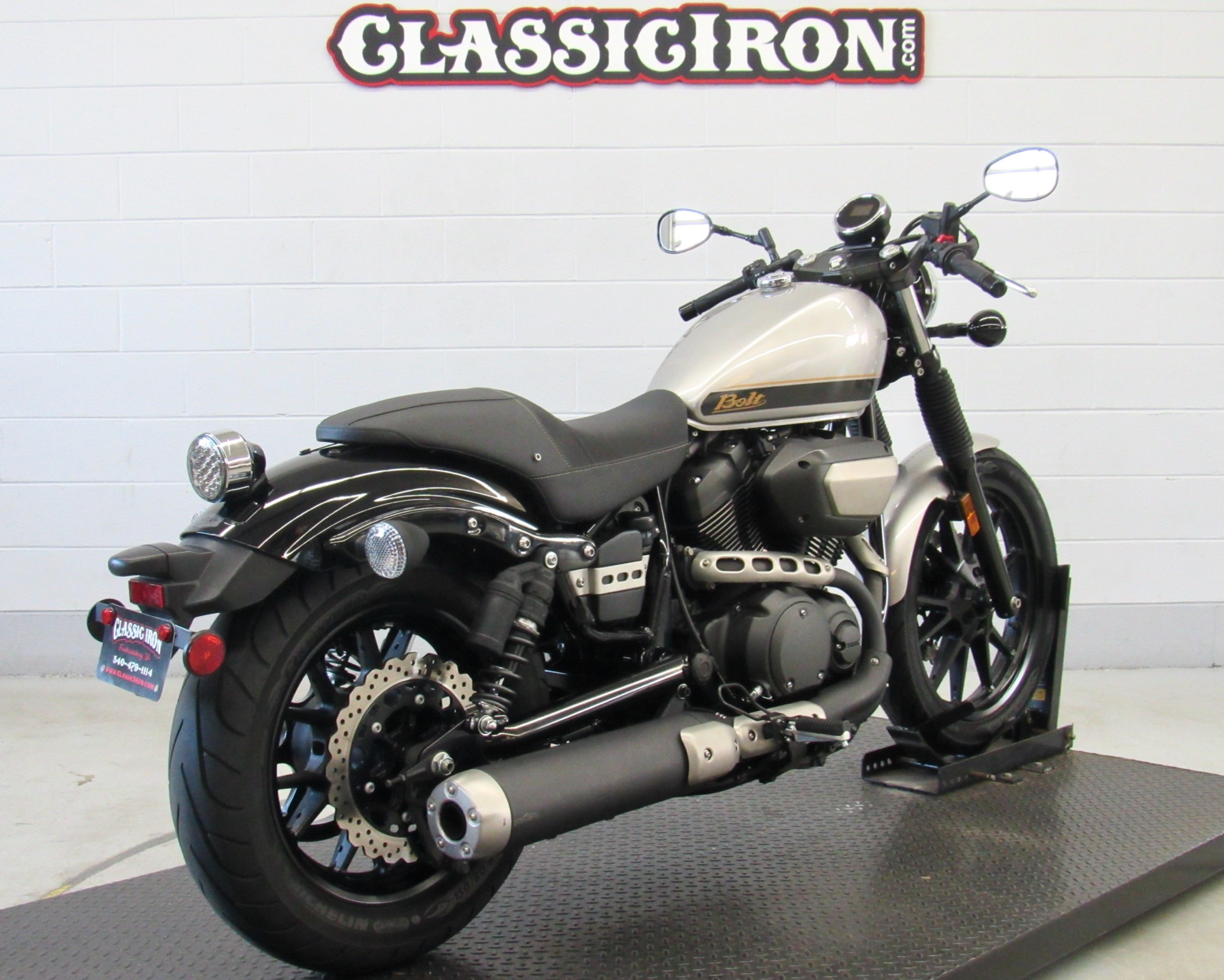 2015 Yamaha Bolt C-Spec in Fredericksburg, Virginia - Photo 6