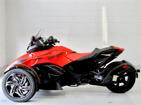 2016 Can-Am Spyder RS-S SE5 in Fredericksburg, Virginia - Photo 3