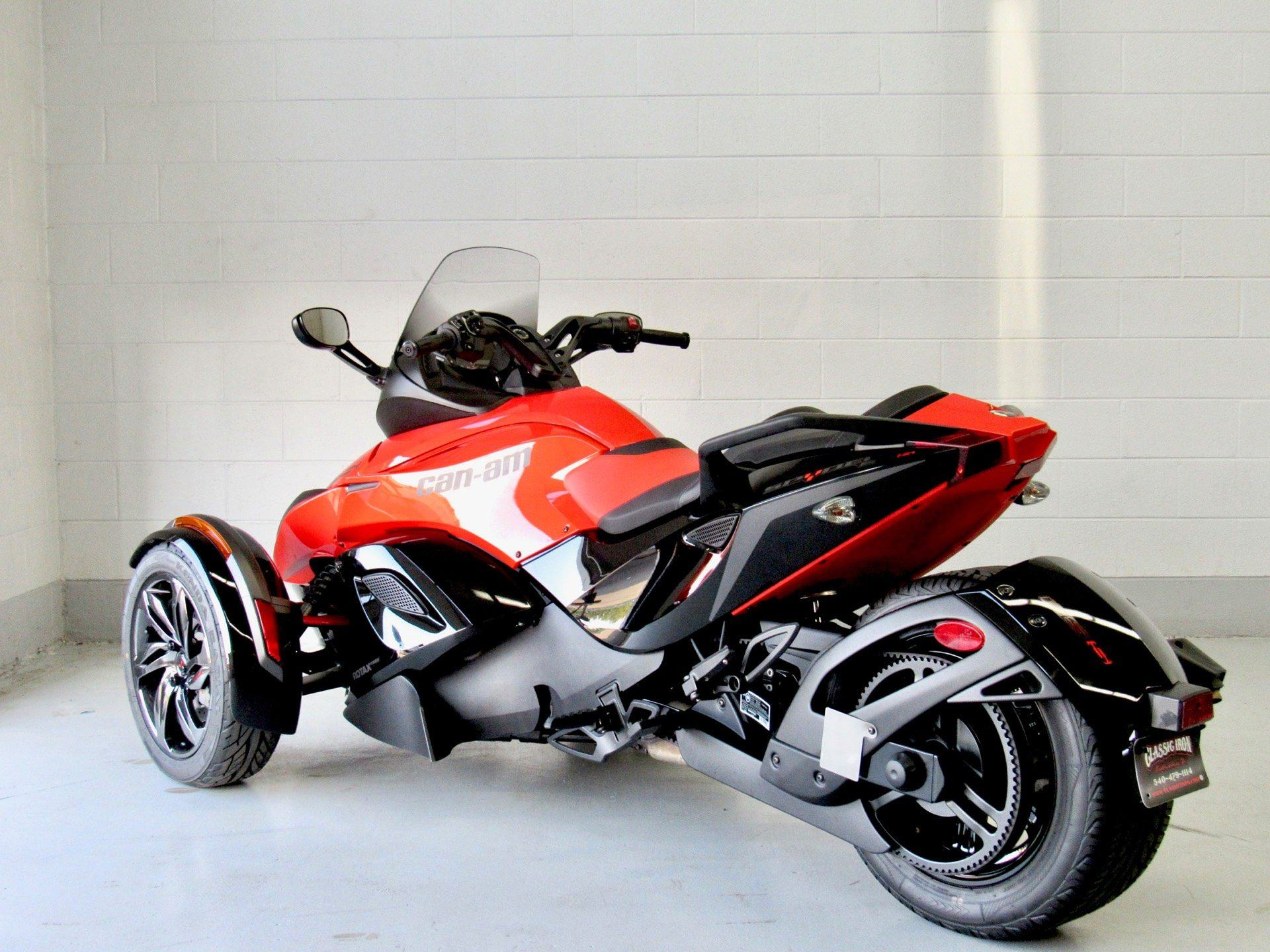 2016 Can-Am Spyder RS-S SE5 in Fredericksburg, Virginia - Photo 6