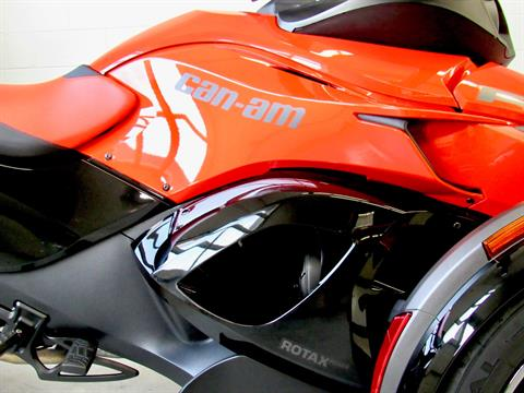 2016 Can-Am Spyder RS-S SE5 in Fredericksburg, Virginia - Photo 13