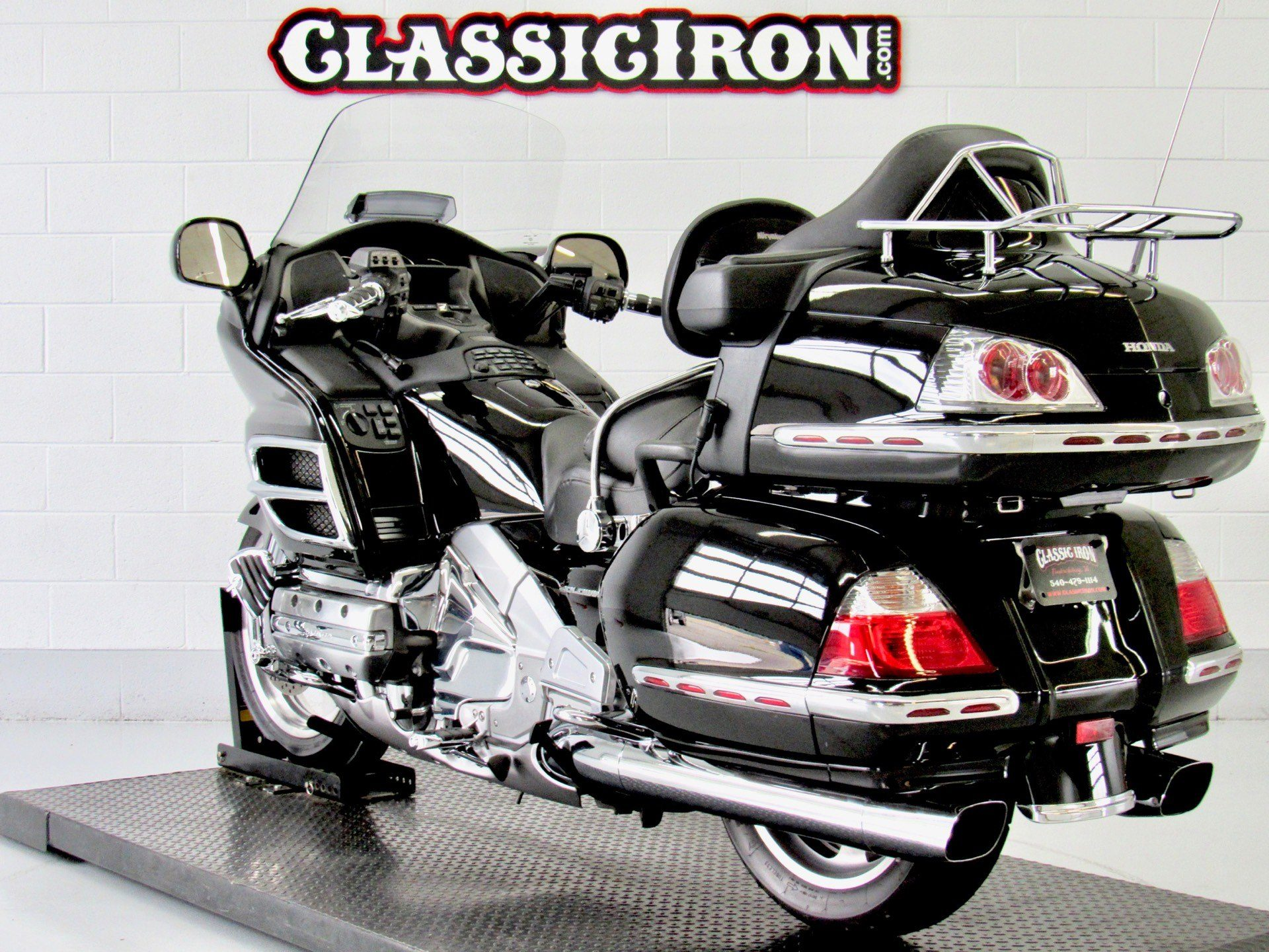 2006 Honda Gold Wing® Premium Audio in Fredericksburg, Virginia - Photo 6