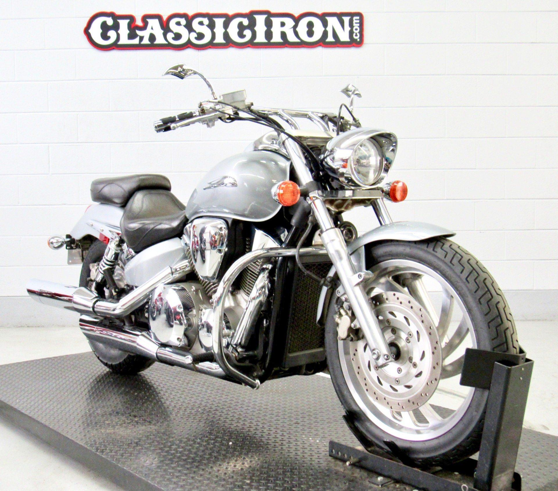 2004 Honda VTX1300C in Fredericksburg, Virginia - Photo 2