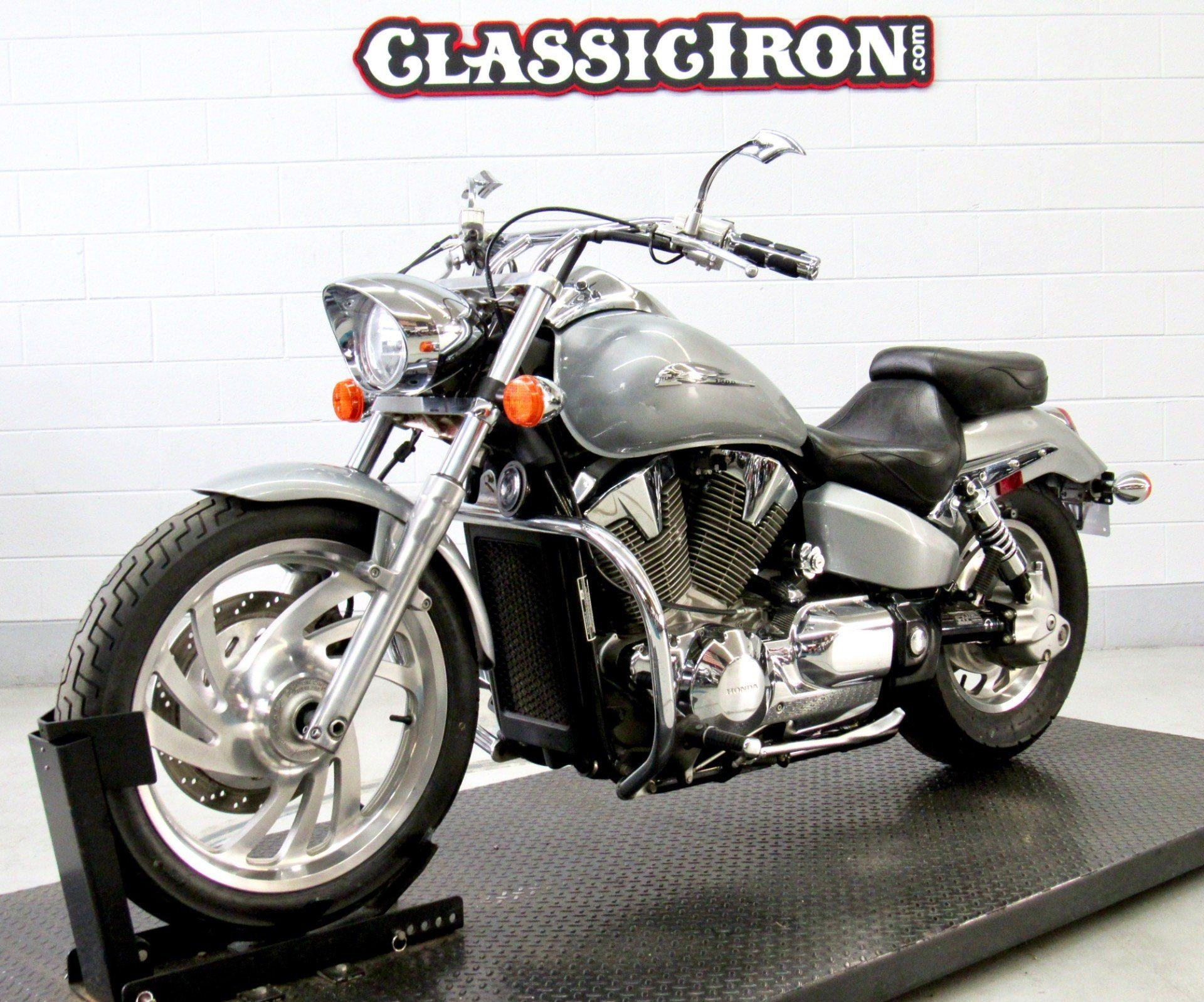2004 Honda VTX1300C in Fredericksburg, Virginia - Photo 3