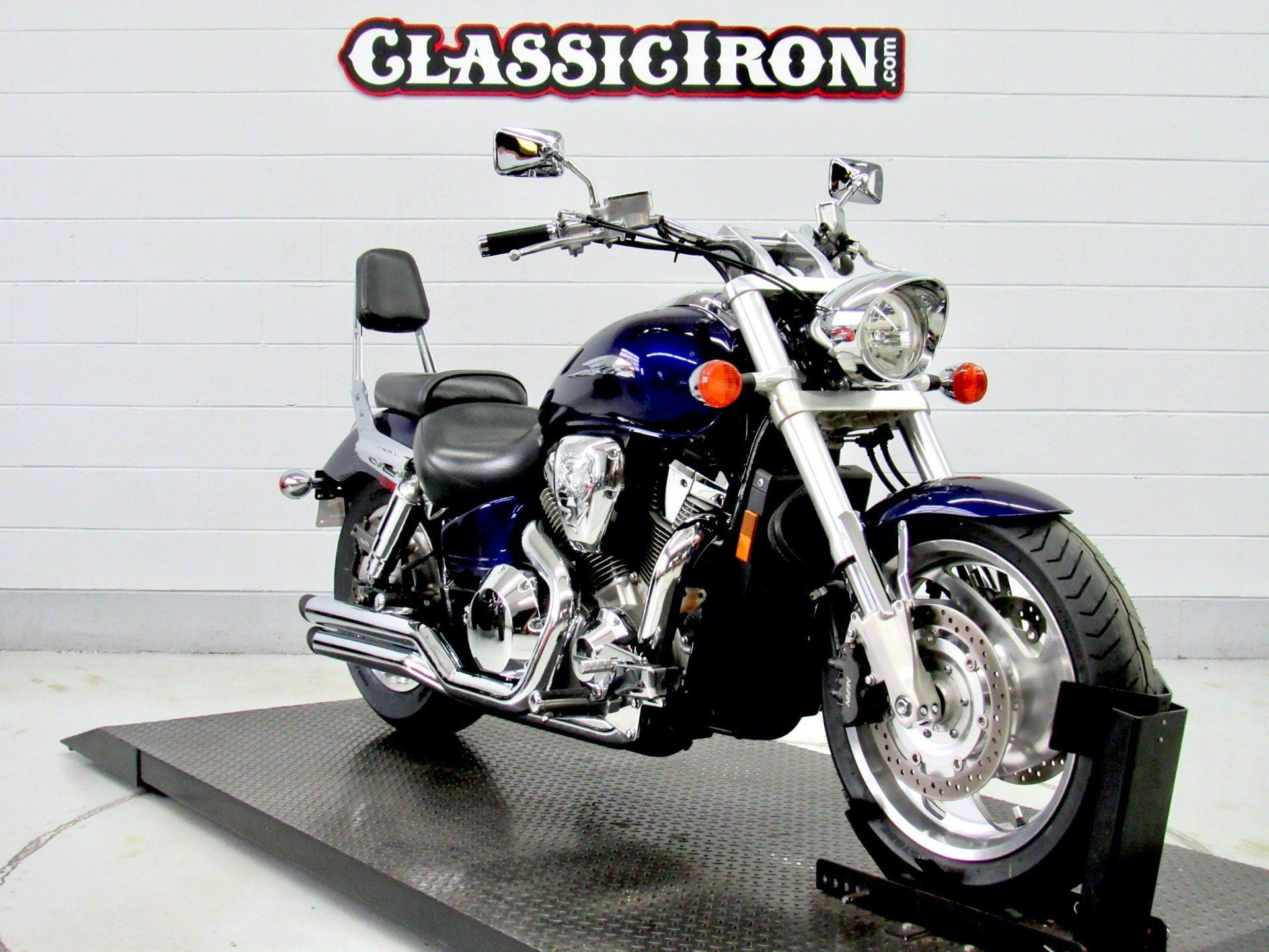 2002 Honda VTX1800 in Fredericksburg, Virginia - Photo 2