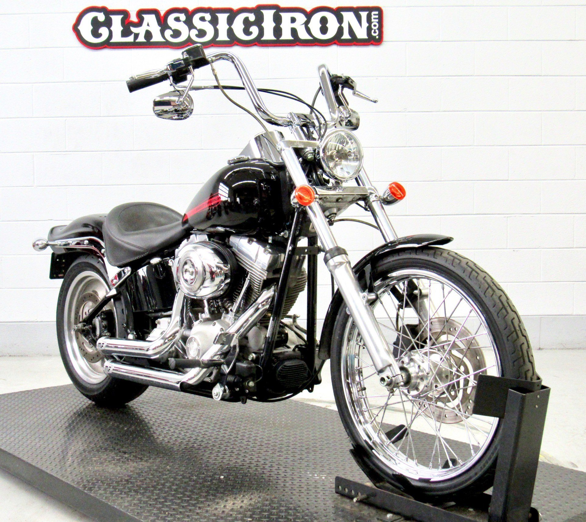 2007 Harley-Davidson Softail Standard in Fredericksburg, Virginia - Photo 2