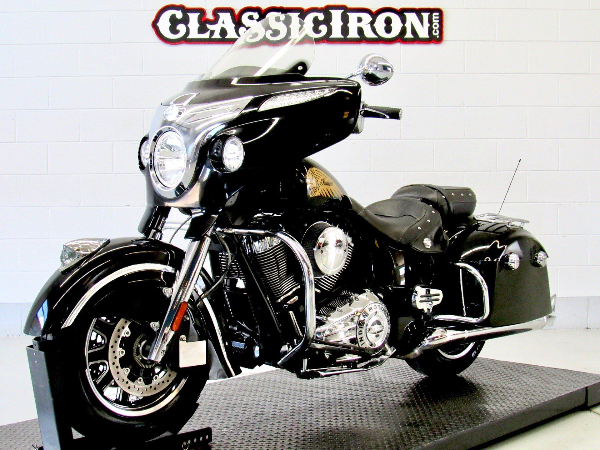 2014 Indian Chieftain™ in Fredericksburg, Virginia - Photo 3