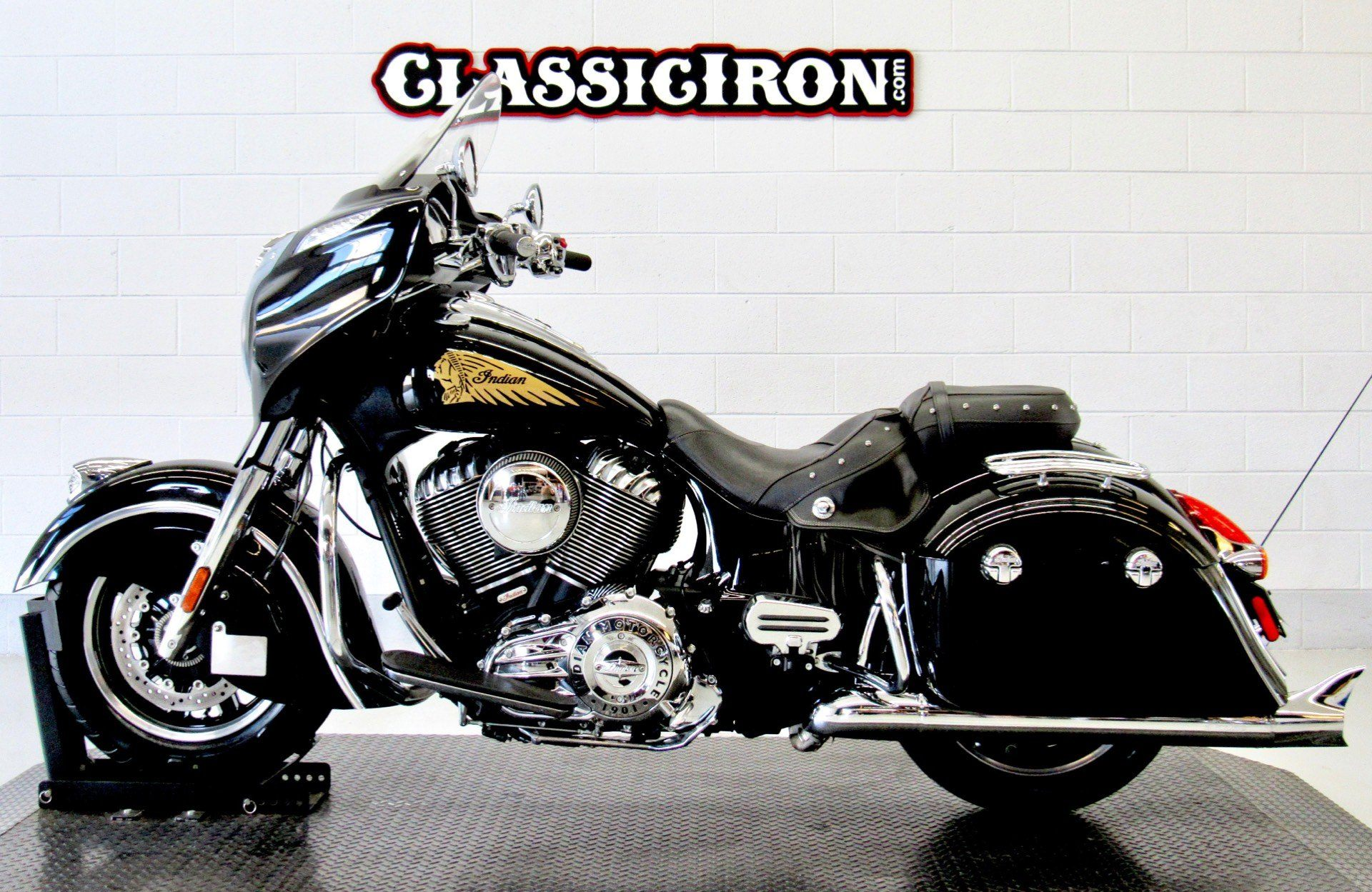 2014 Indian Chieftain™ in Fredericksburg, Virginia - Photo 4