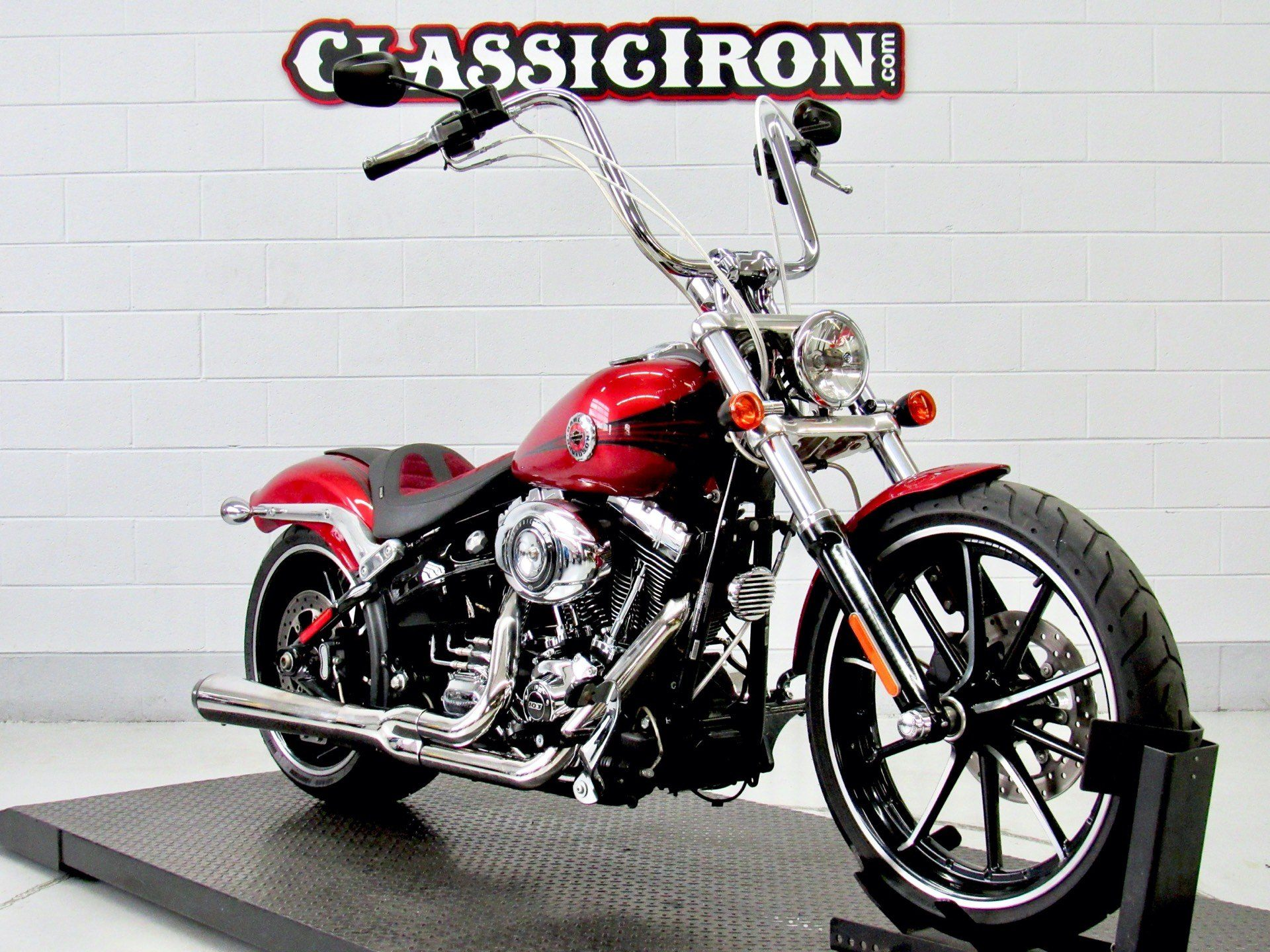 2013 Harley-Davidson Softail® Breakout® in Fredericksburg, Virginia - Photo 2