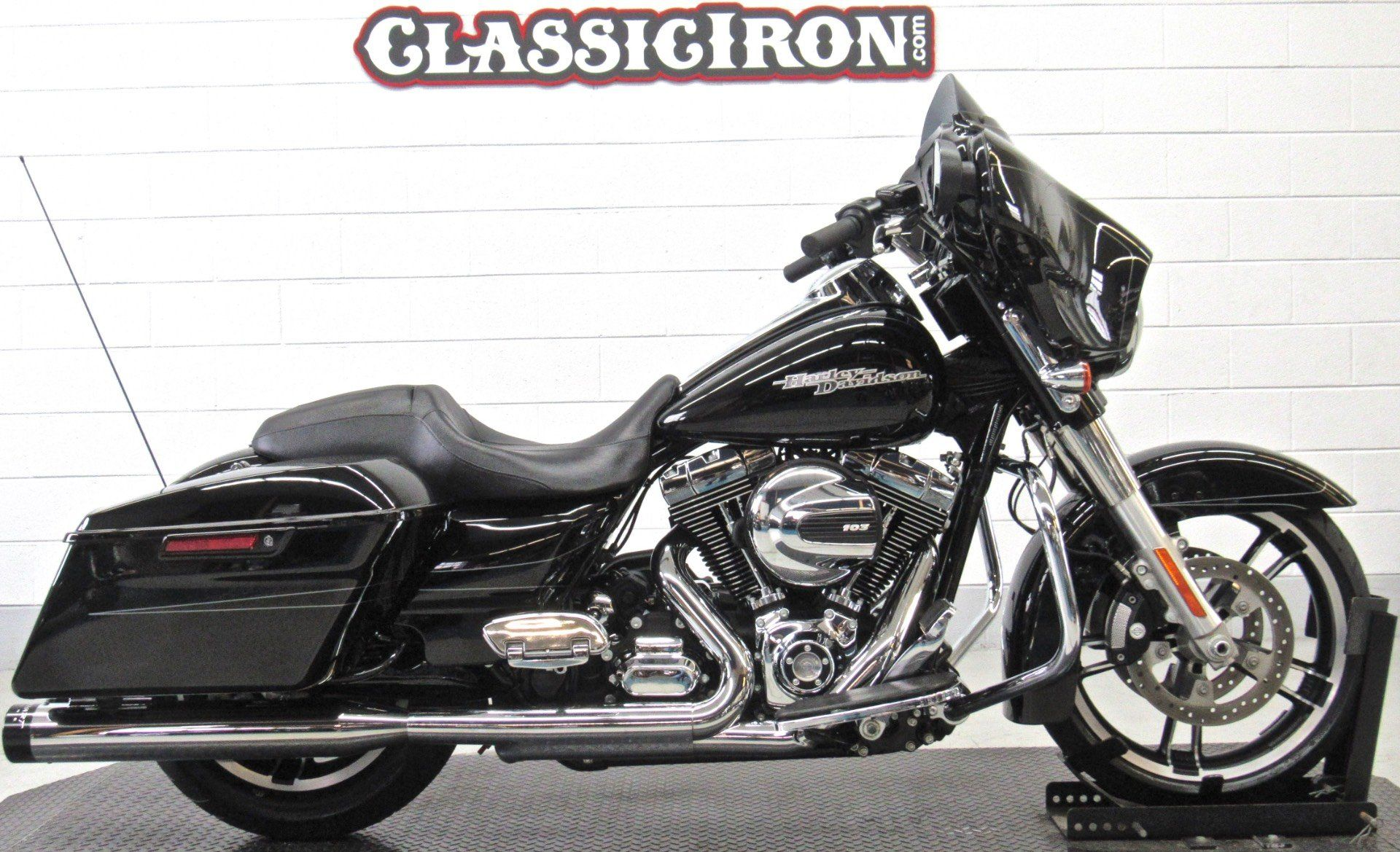2015 Harley-Davidson Street Glide® Special in Fredericksburg, Virginia - Photo 1