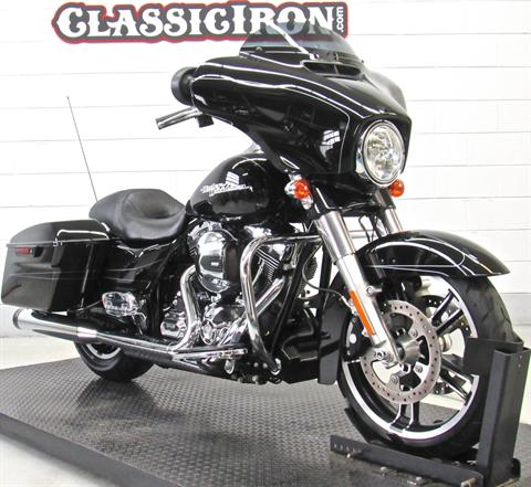 2015 Harley-Davidson Street Glide® Special in Fredericksburg, Virginia - Photo 2