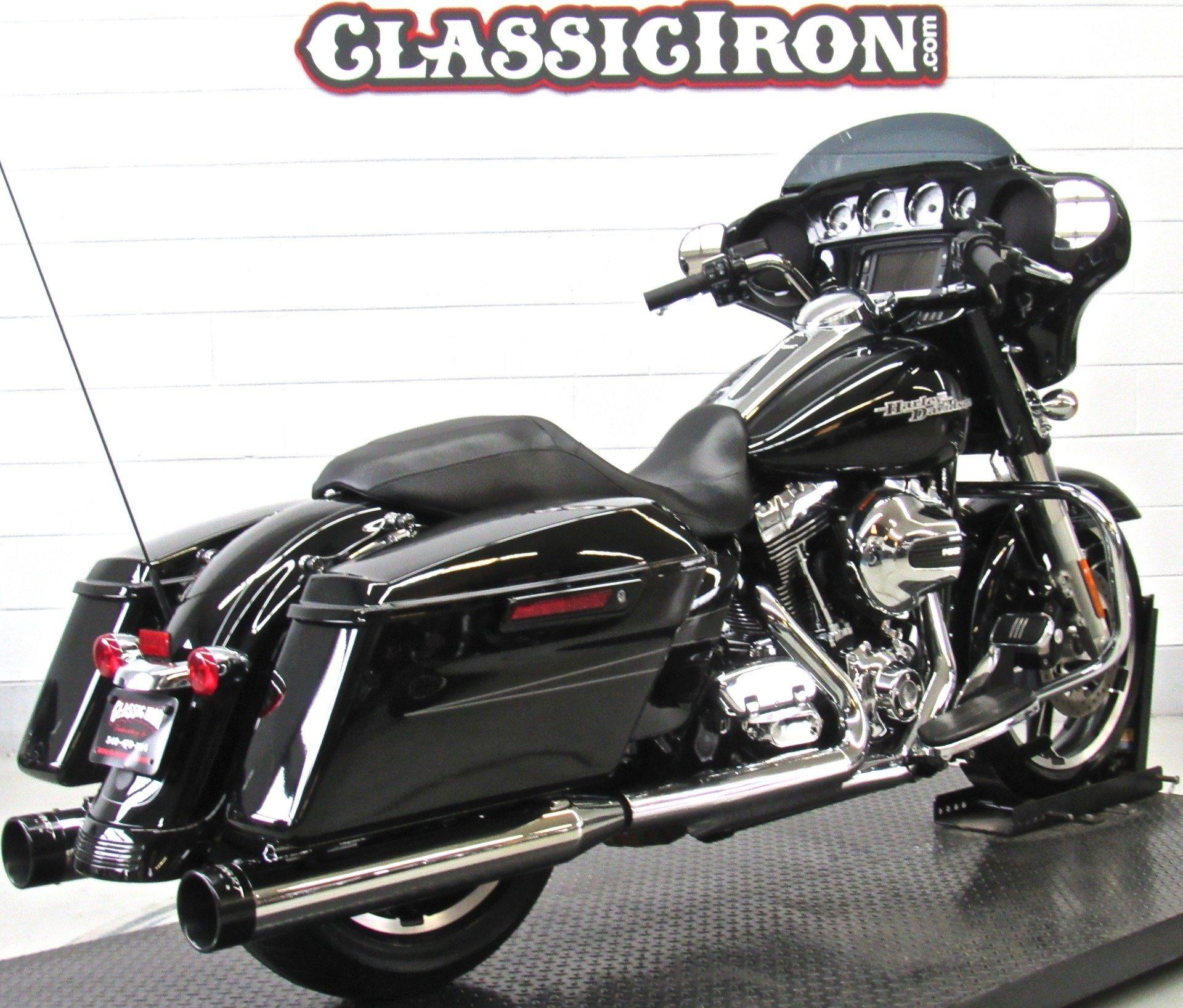 2015 Harley-Davidson Street Glide® Special in Fredericksburg, Virginia - Photo 5