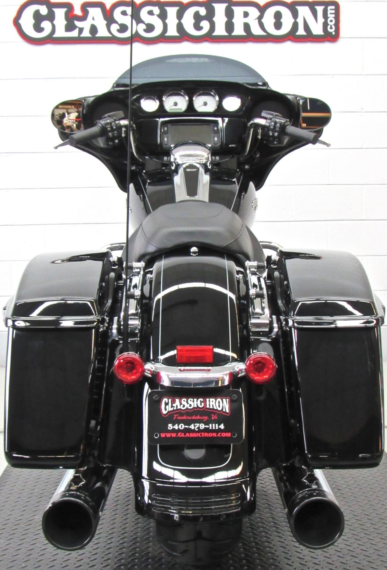 2015 Harley-Davidson Street Glide® Special in Fredericksburg, Virginia - Photo 9