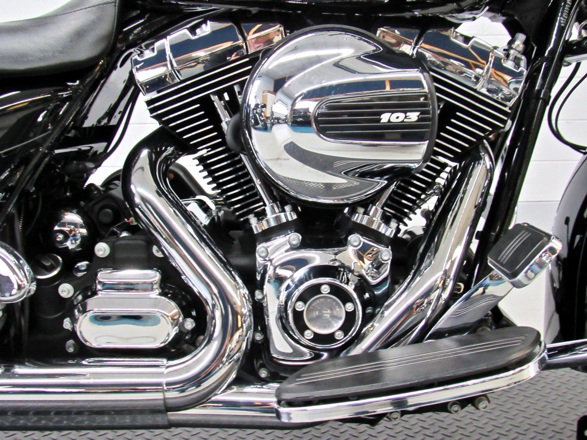 2015 Harley-Davidson Street Glide® Special in Fredericksburg, Virginia - Photo 14