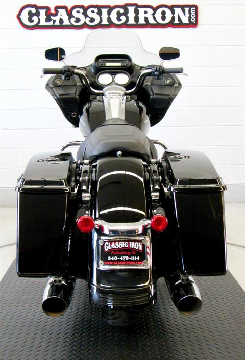 2013 Harley-Davidson Road Glide® Custom in Fredericksburg, Virginia