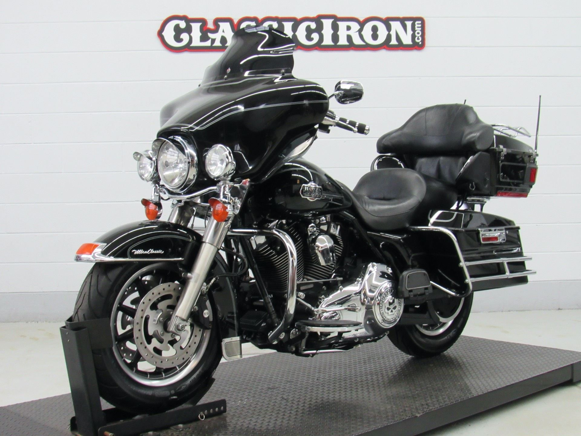 2008 Harley-Davidson Ultra Classic® Electra Glide® in Fredericksburg, Virginia - Photo 3