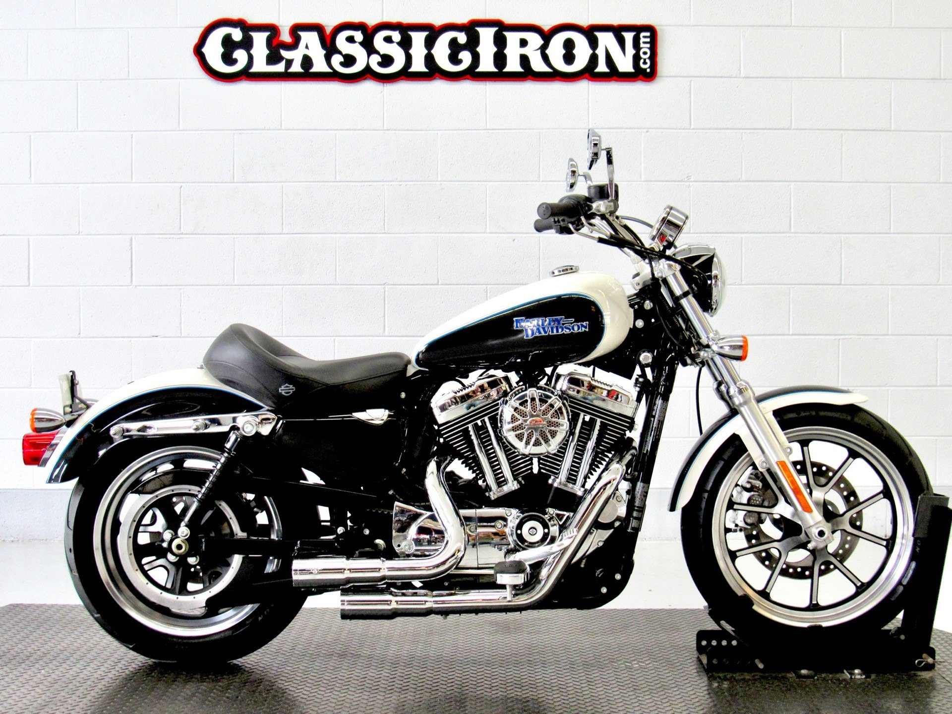 2014 Harley-Davidson SuperLow® 1200T in Fredericksburg, Virginia - Photo 1