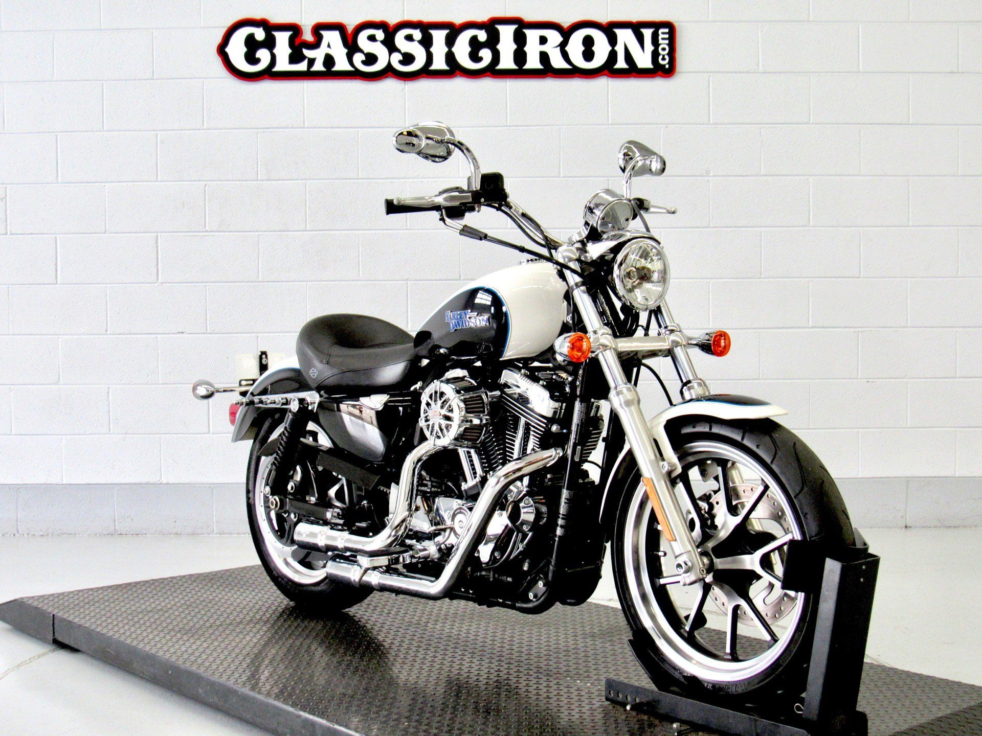2014 Harley-Davidson SuperLow® 1200T in Fredericksburg, Virginia - Photo 2