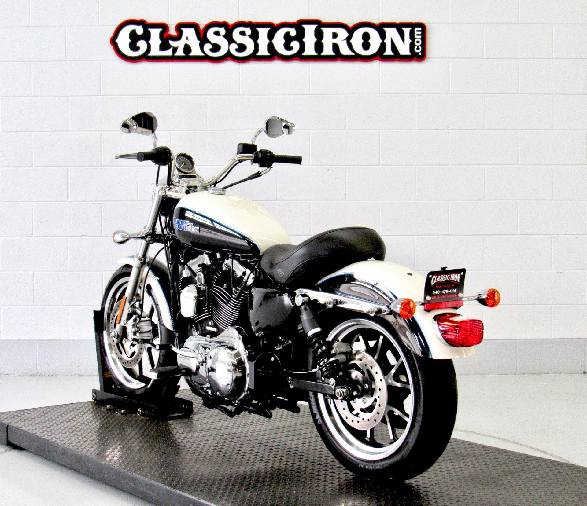 2014 Harley-Davidson SuperLow® 1200T in Fredericksburg, Virginia - Photo 6