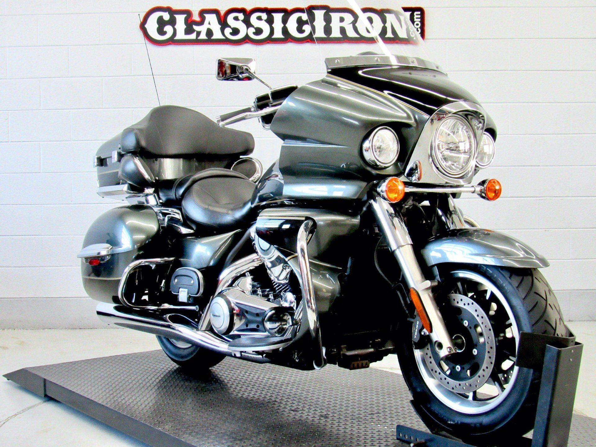 2011 Kawasaki Vulcan® 1700 Voyager® ABS in Fredericksburg, Virginia - Photo 2