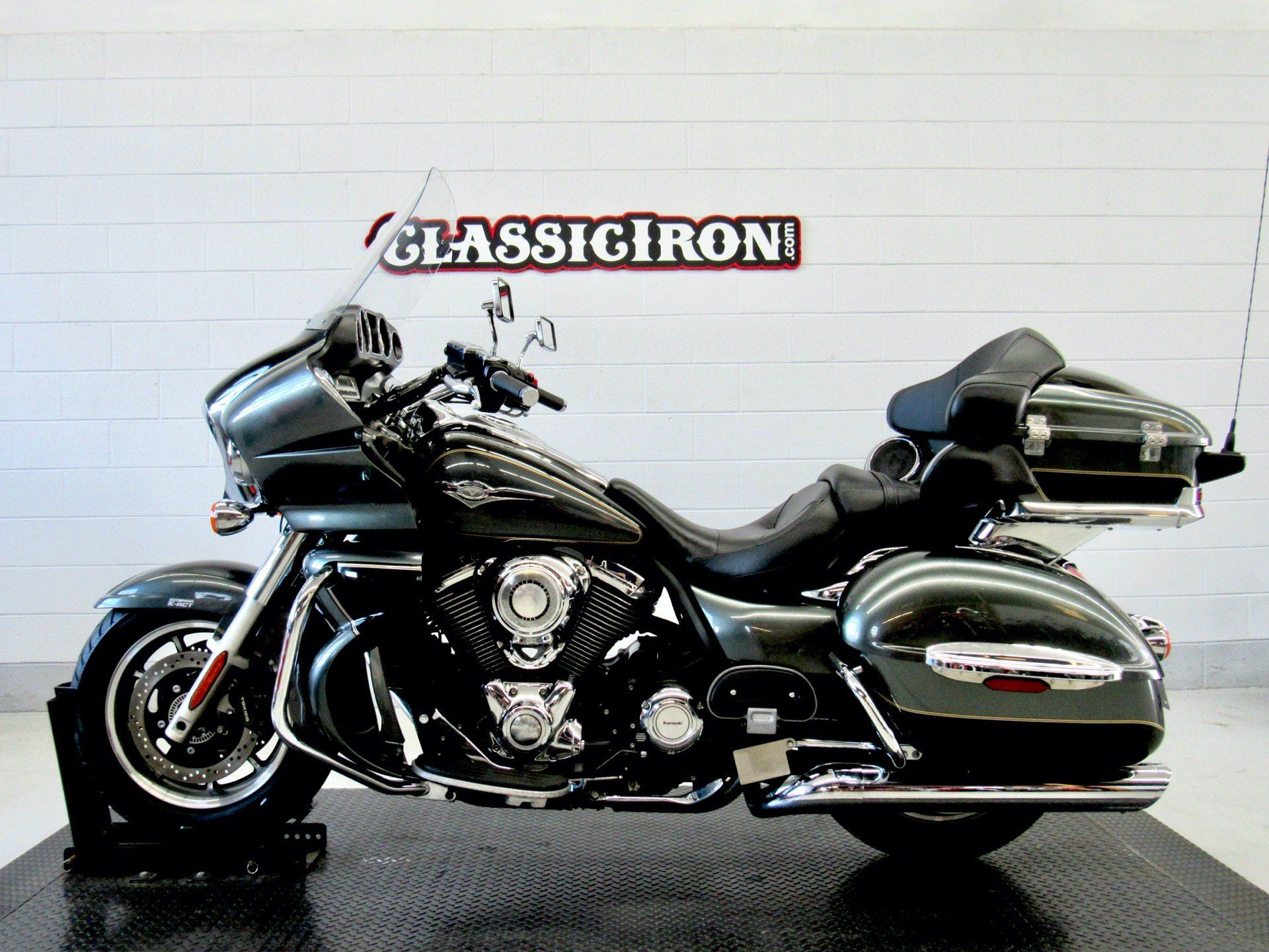 2011 Kawasaki Vulcan® 1700 Voyager® ABS in Fredericksburg, Virginia - Photo 4