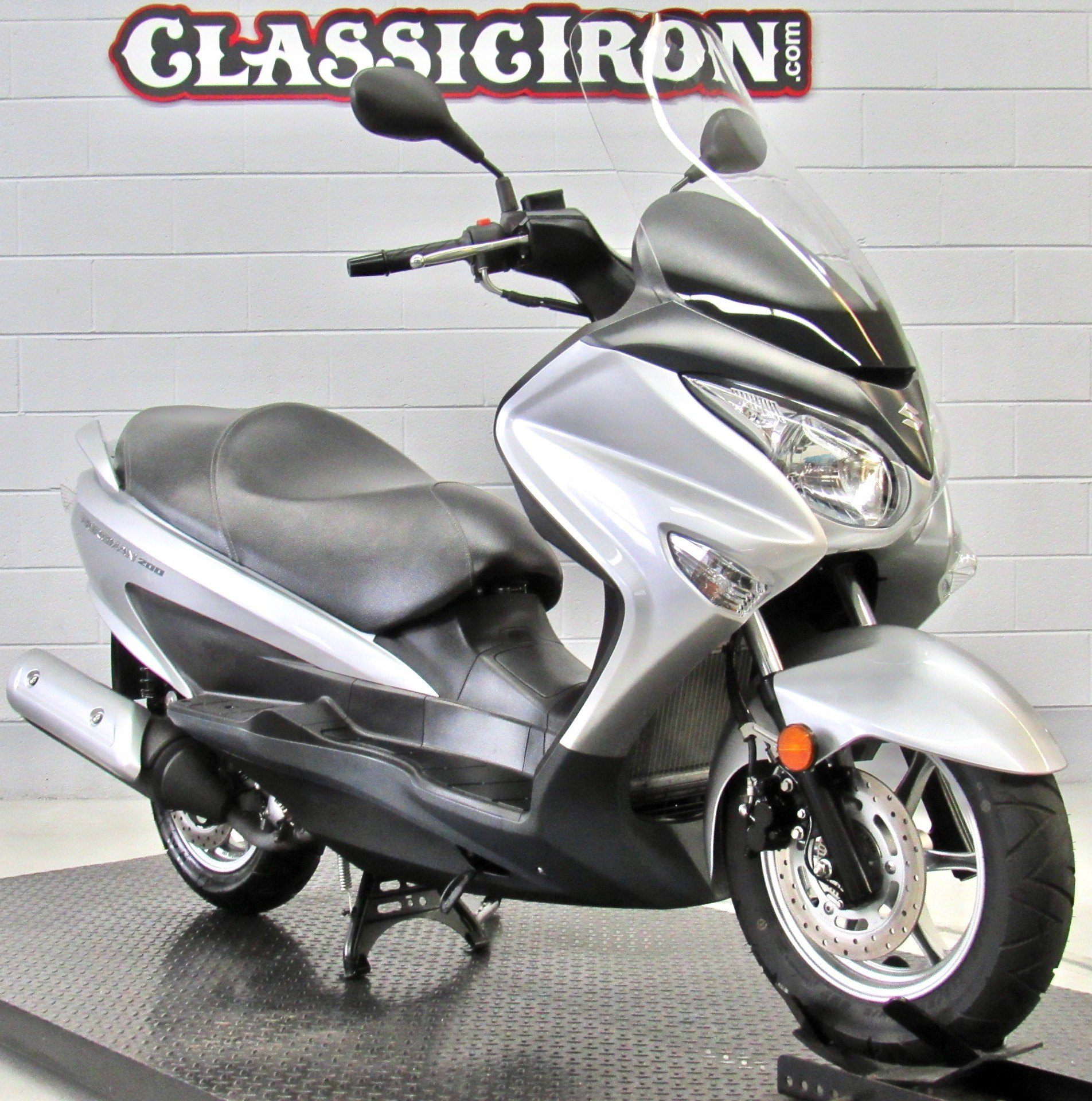 2014 Suzuki Burgman™ 200 ABS in Fredericksburg, Virginia - Photo 2