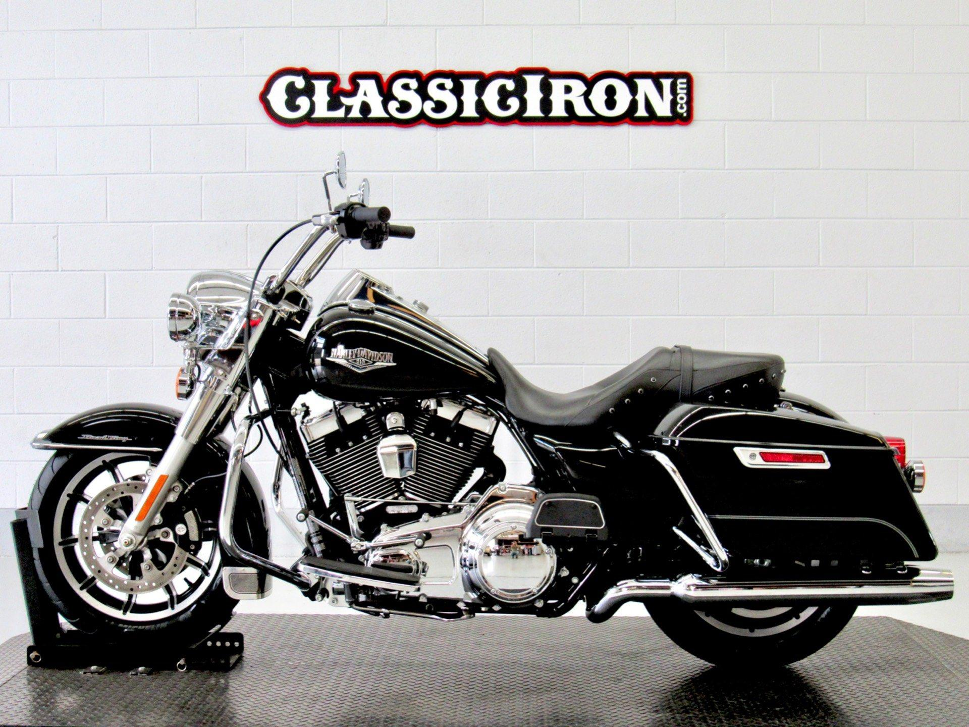 2016 Harley-Davidson Road King® in Fredericksburg, Virginia - Photo 4
