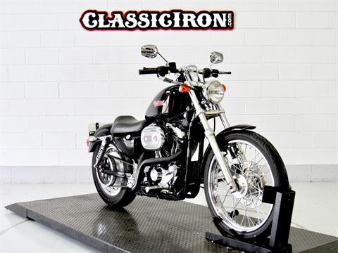 2002 Harley-Davidson XL 1200C Sportster® 1200 Custom in Fredericksburg, Virginia - Photo 2