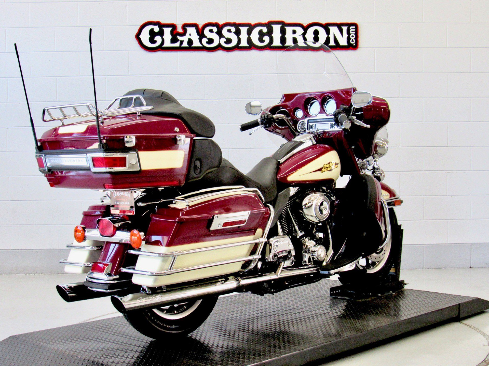2007 Harley-Davidson Ultra Classic® Electra Glide® in Fredericksburg, Virginia - Photo 5