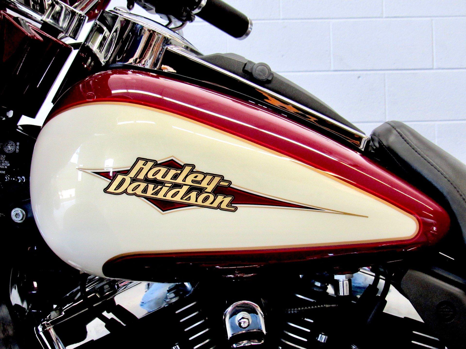 2007 Harley-Davidson Ultra Classic® Electra Glide® in Fredericksburg, Virginia - Photo 18
