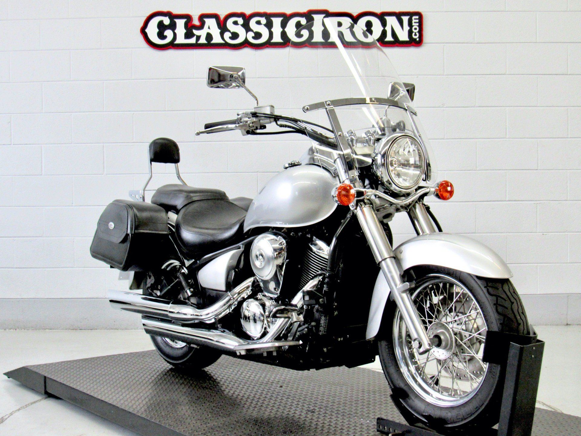 2006 Kawasaki Vulcan® 900 Classic in Fredericksburg, Virginia - Photo 2