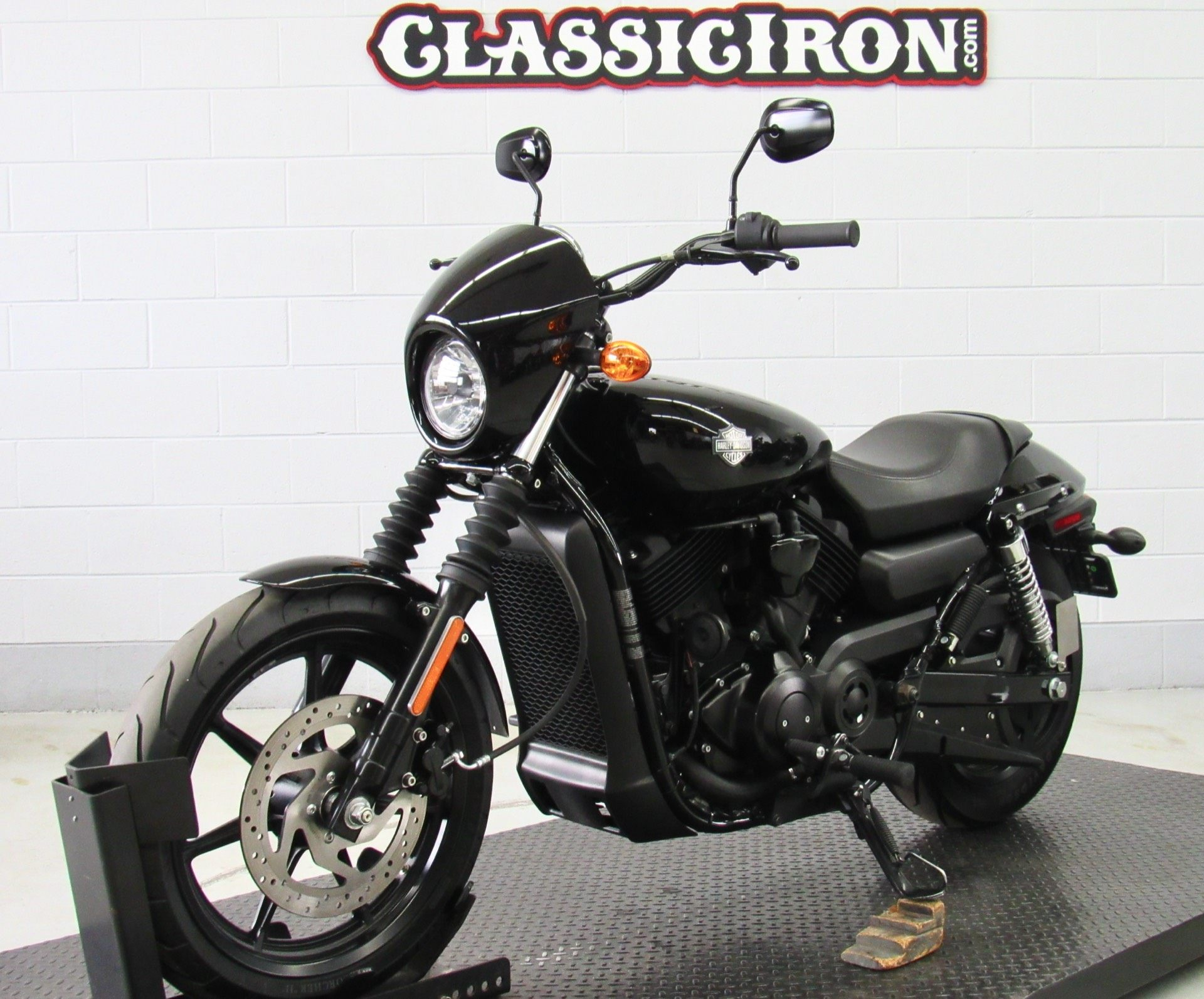 2015 Harley-Davidson Street™ 500 in Fredericksburg, Virginia - Photo 3