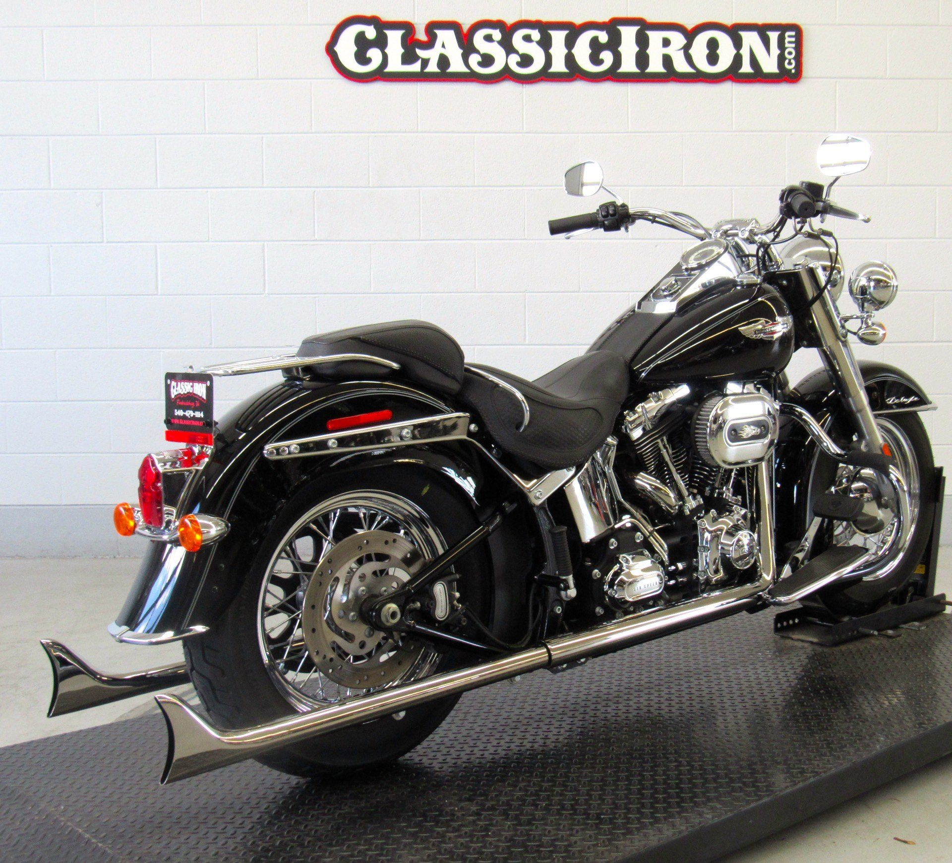 2015 Harley-Davidson Softail® Deluxe in Fredericksburg, Virginia - Photo 5