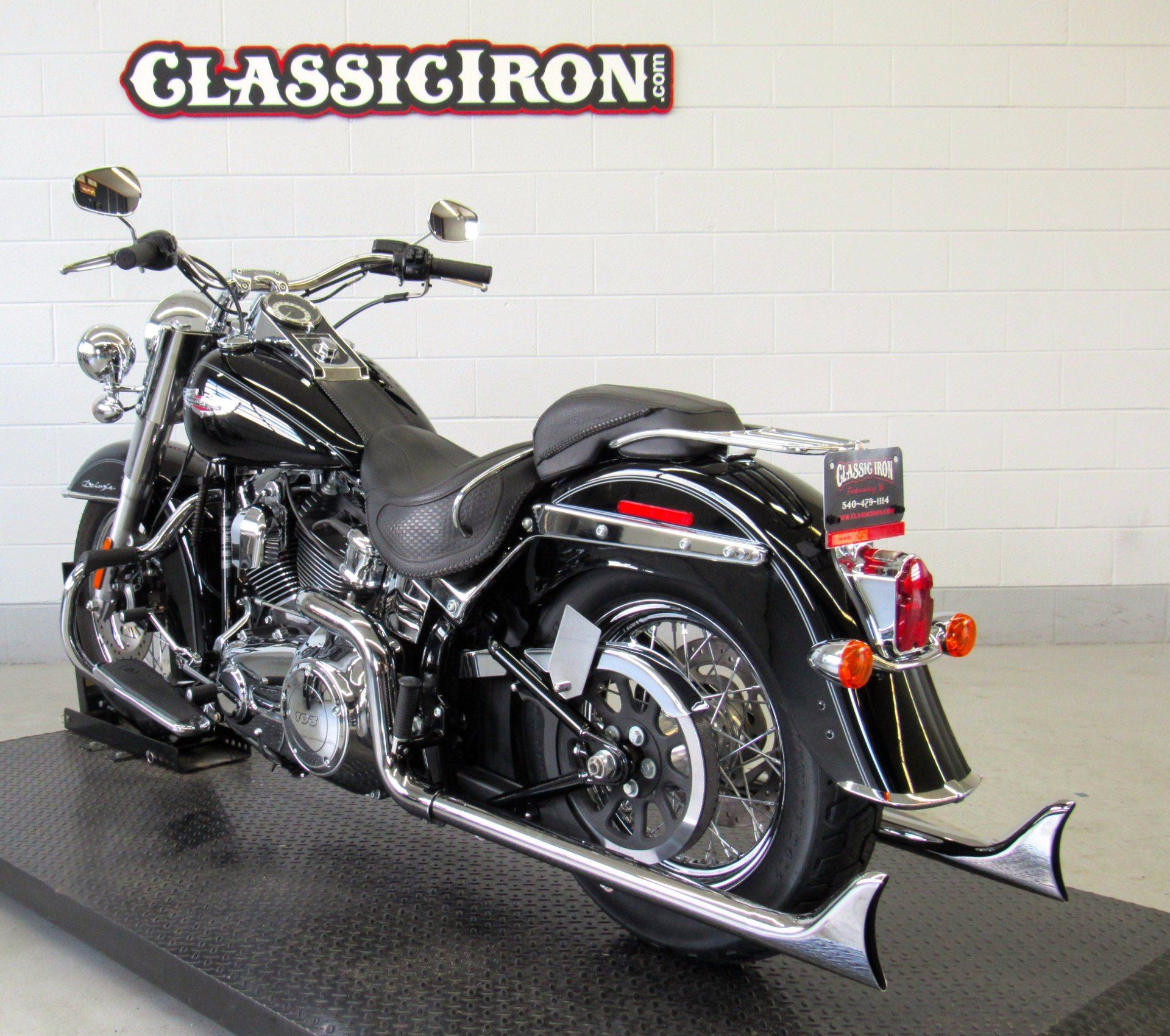 2015 Harley-Davidson Softail® Deluxe in Fredericksburg, Virginia - Photo 6