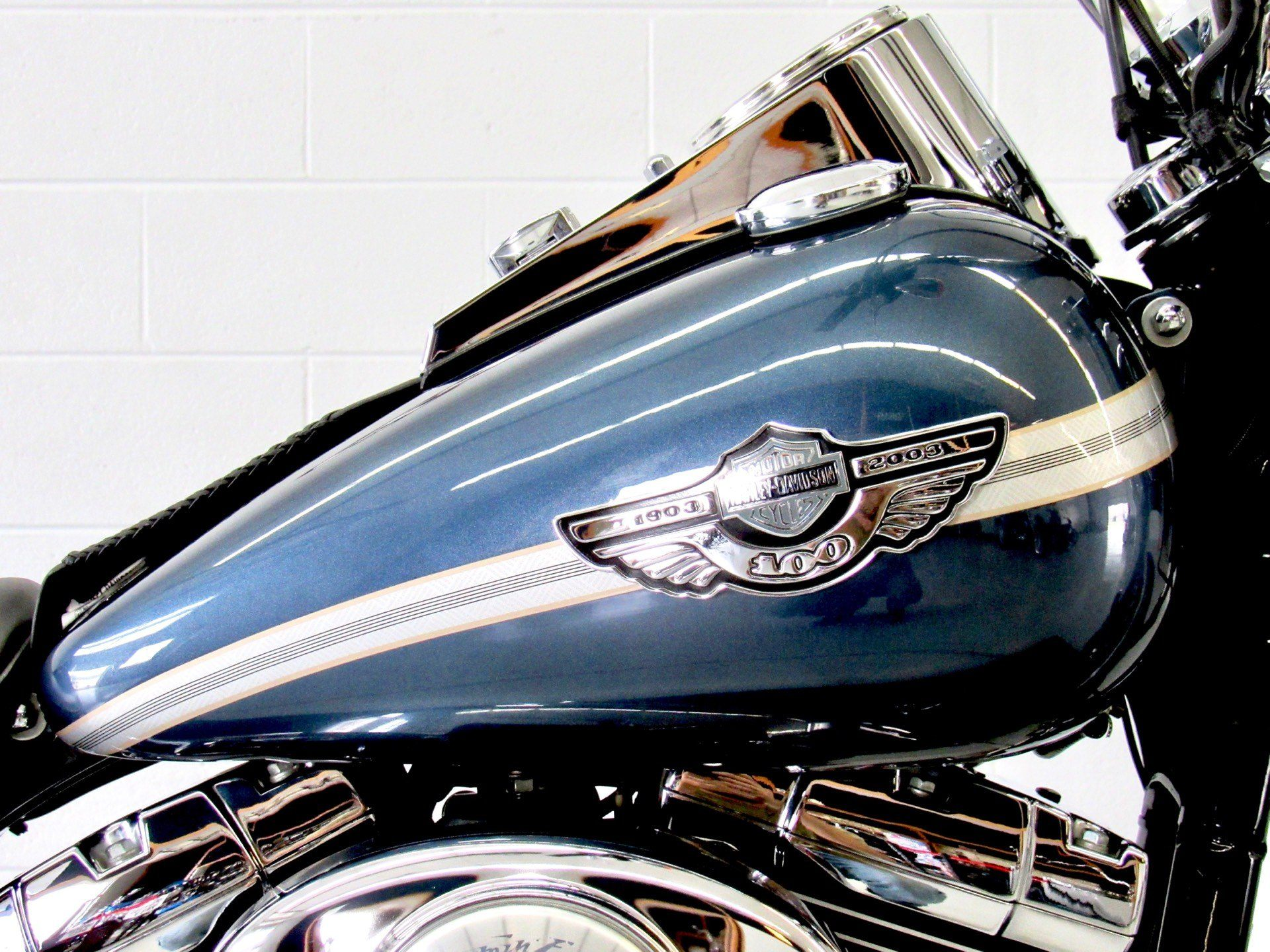 2003 Harley-Davidson FXDWG Dyna Wide Glide® in Fredericksburg, Virginia - Photo 13