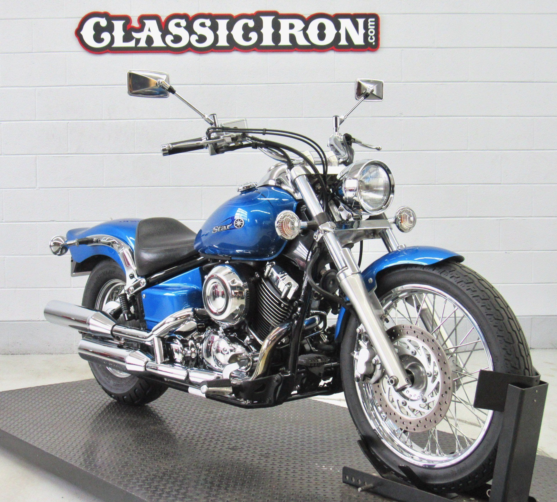 2009 Yamaha V Star 650 Custom in Fredericksburg, Virginia - Photo 2