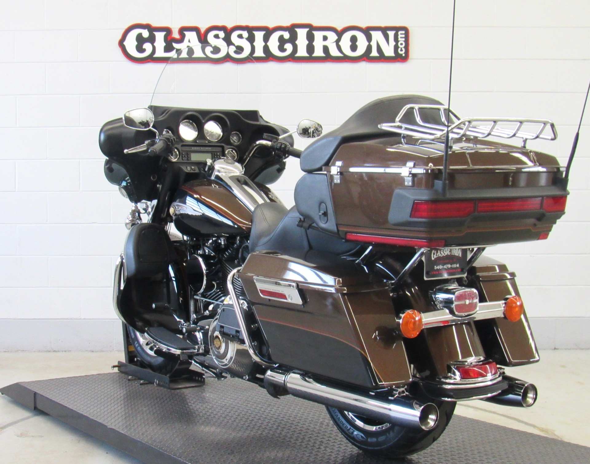 2013 Harley-Davidson Electra Glide® Ultra Limited 110th Anniversary Edition in Fredericksburg, Virginia - Photo 5