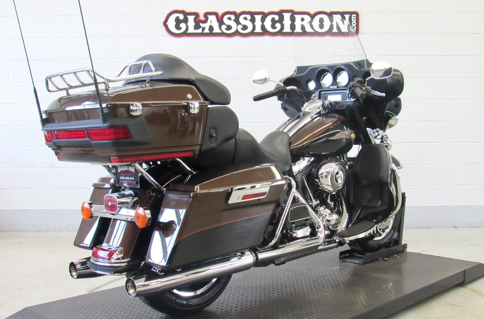 2013 Harley-Davidson Electra Glide® Ultra Limited 110th Anniversary Edition in Fredericksburg, Virginia - Photo 6